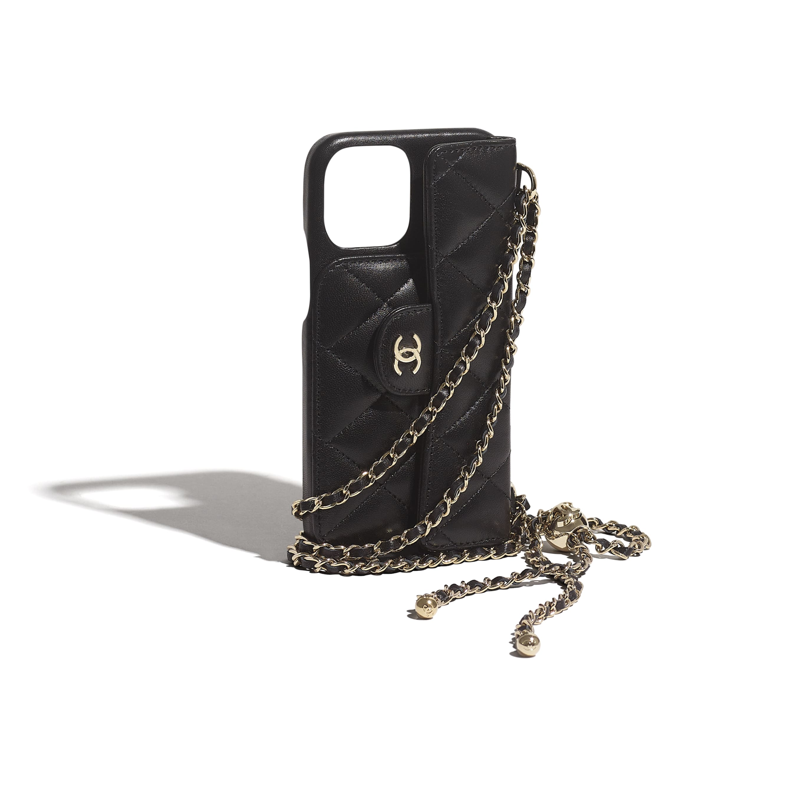 Classic Case for iPhone XII Pro MAX with chain - Black - Lambskin - CHANEL - Extra view - see standard sized version