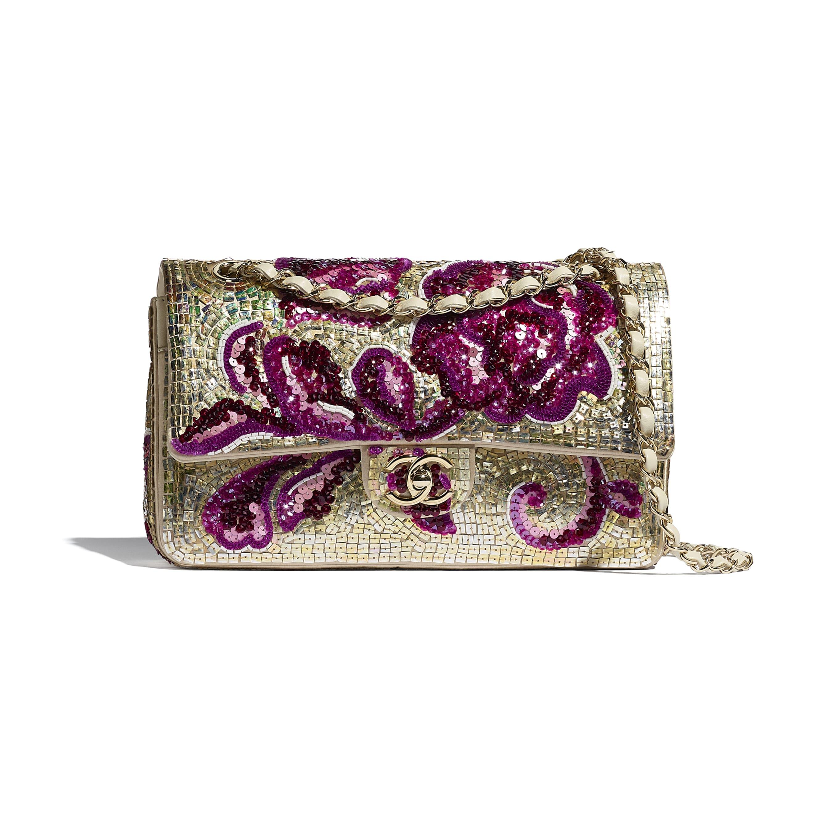 Классическая сумка-конверт - Фиолетовый и золотистый - Пайетки, стеклянный жемчуг, кожа ягненка и золотистый металл - CHANEL - Вид по умолчанию - посмотреть изображение стандартного размера