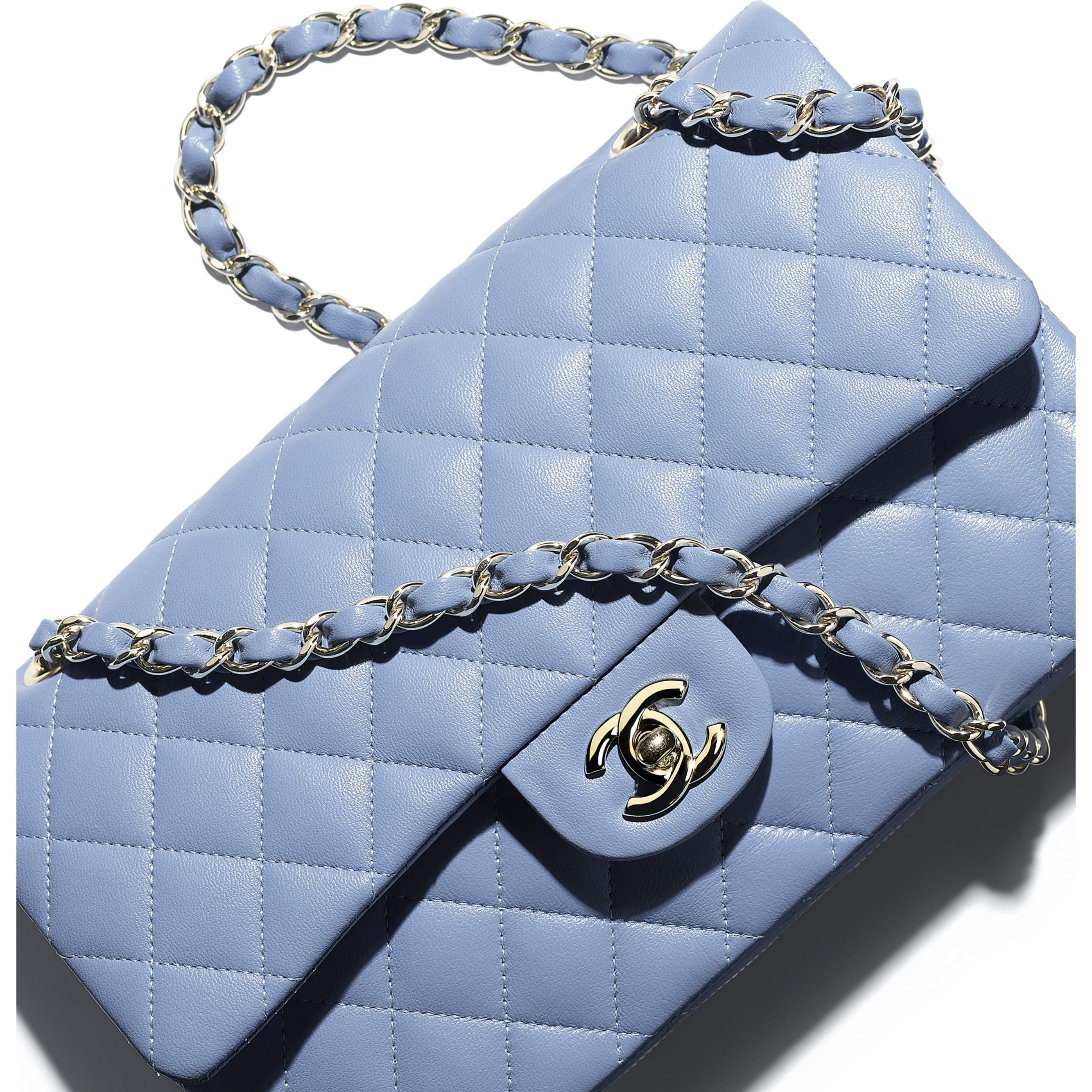 Classic Handbag - Sky Blue - Lambskin - CHANEL - Extra view - see standard sized version