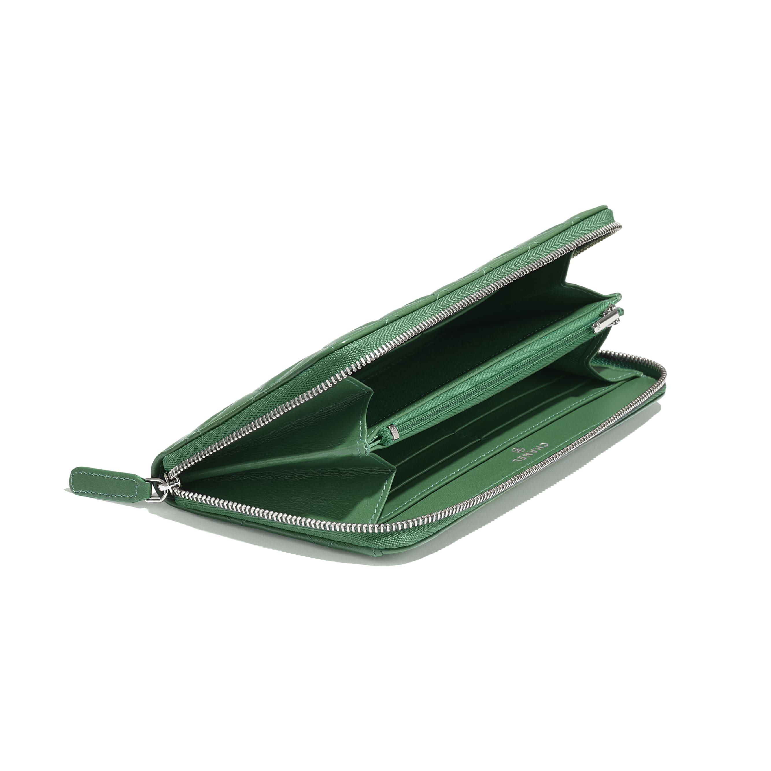 Classic Long Zipped Wallet - Green - Lambskin - Extra view - see standard sized version