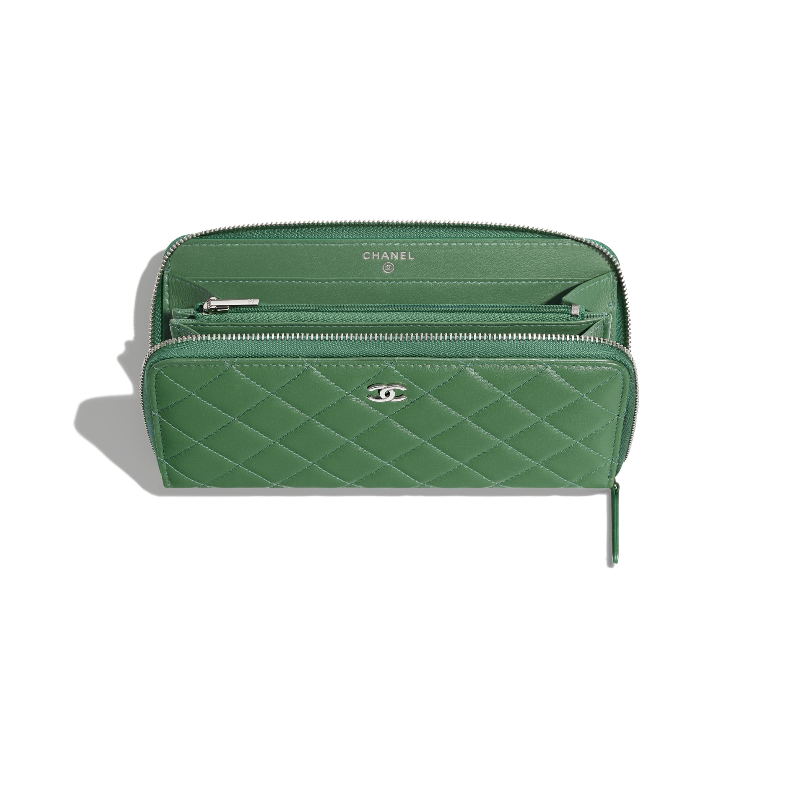 Classic Long Zipped Wallet - Green - Lambskin - Other view - see standard sized version