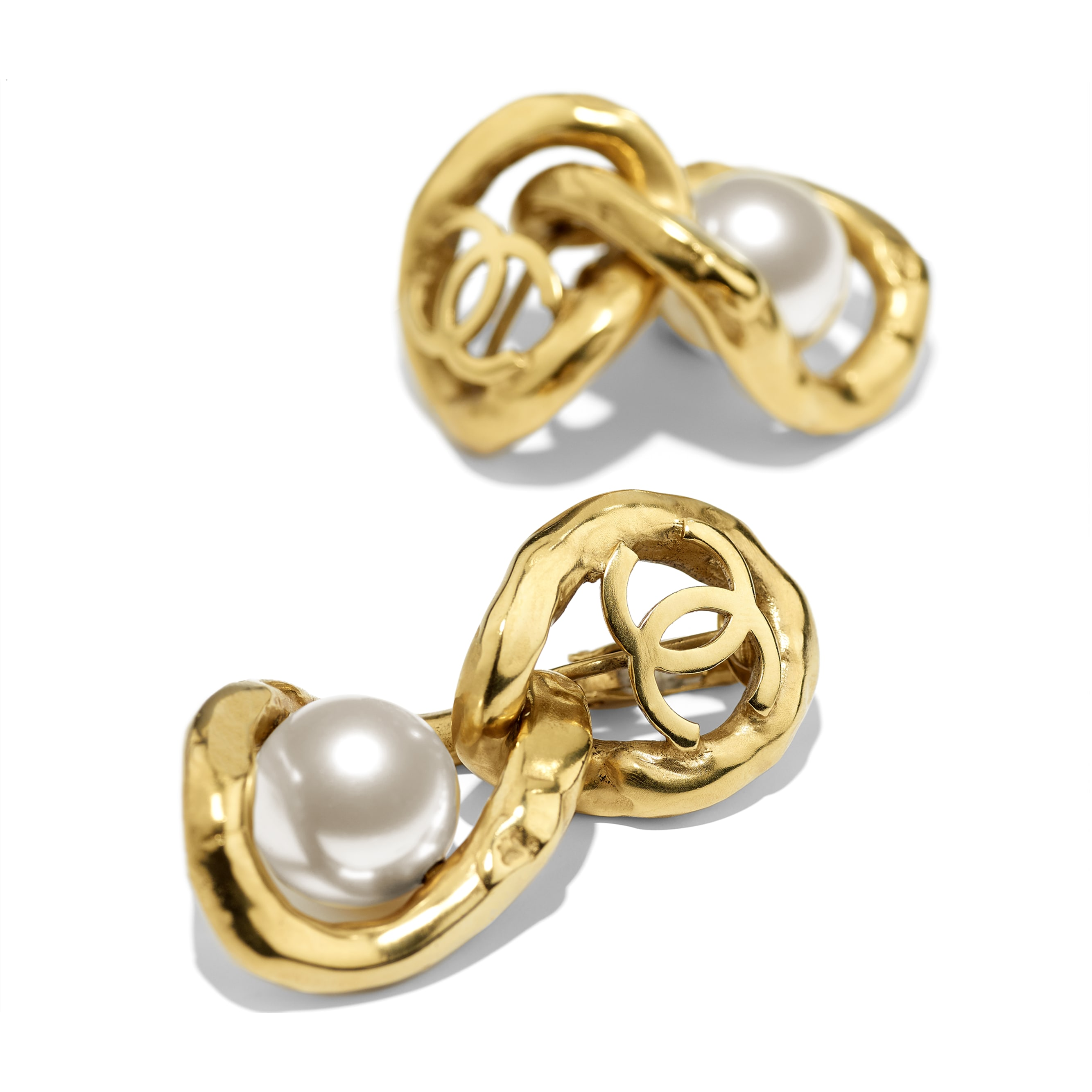 Clip-on Earrings - Gold & Pearly White - Metal & Imitation Pearls - CHANEL - Alternative view - see standard sized version