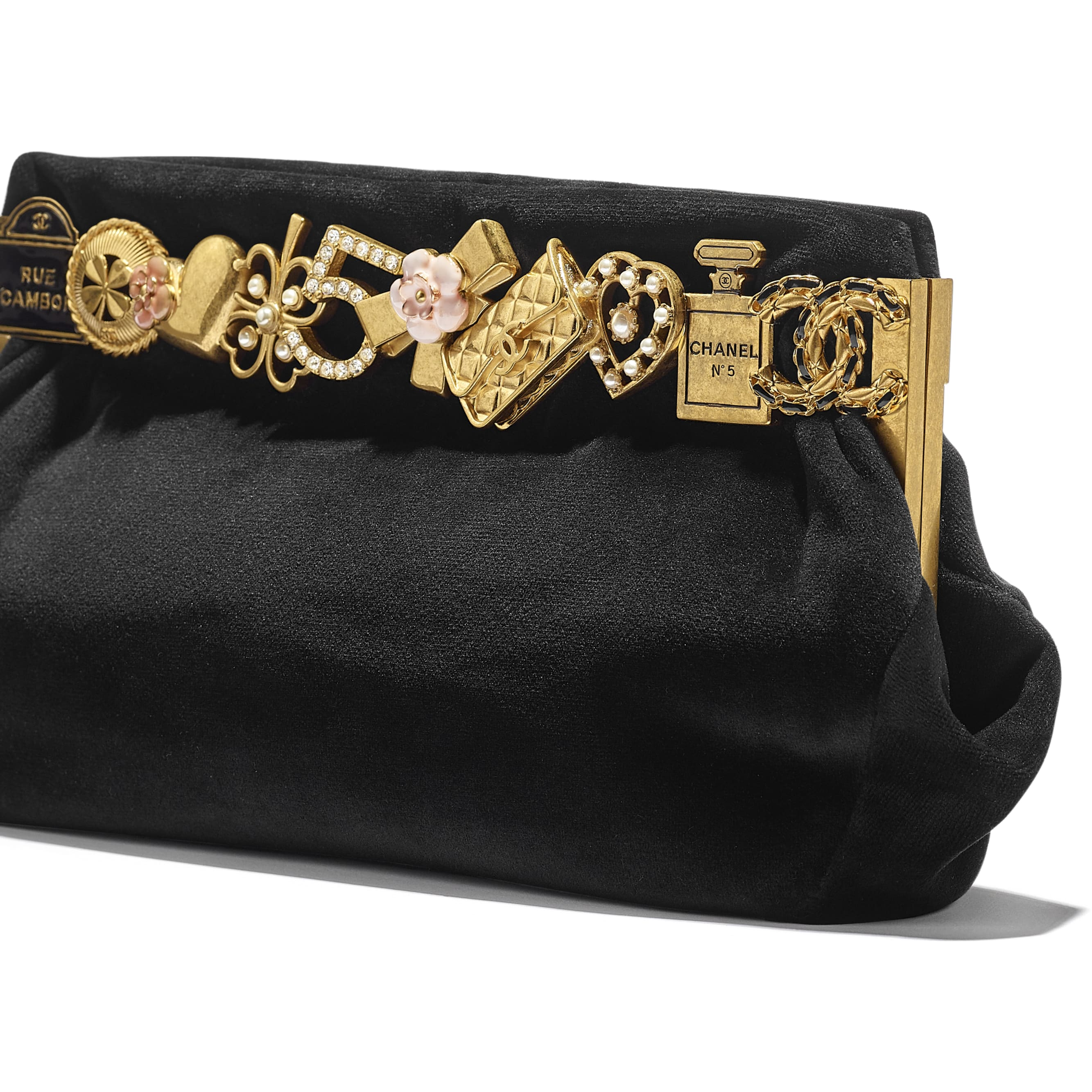 Clutch - Black - Velvet, Brass, Charms & Gold-Tone Metal - CHANEL - Extra view - see standard sized version