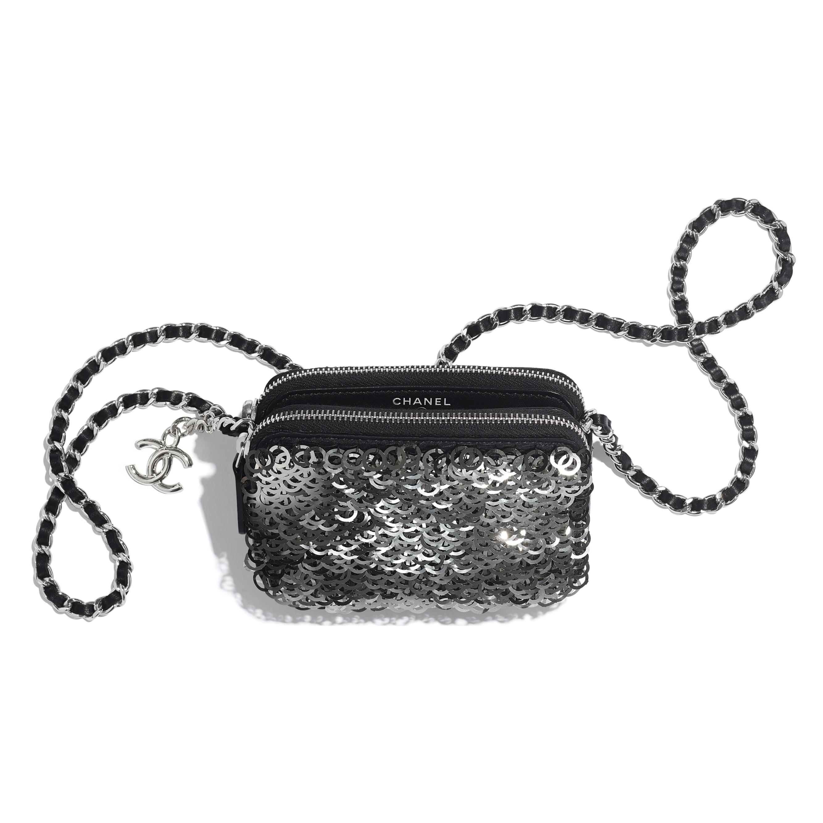 กระเป๋าคลัทช์พร้อมสายโซ่ - สีดำ สีเงิน และสีขาว - หนังแกะ ปักเลื่อม และประดับโลหะสีเงิน - มุมมองอื่น - ดูเวอร์ชันขนาดมาตรฐาน