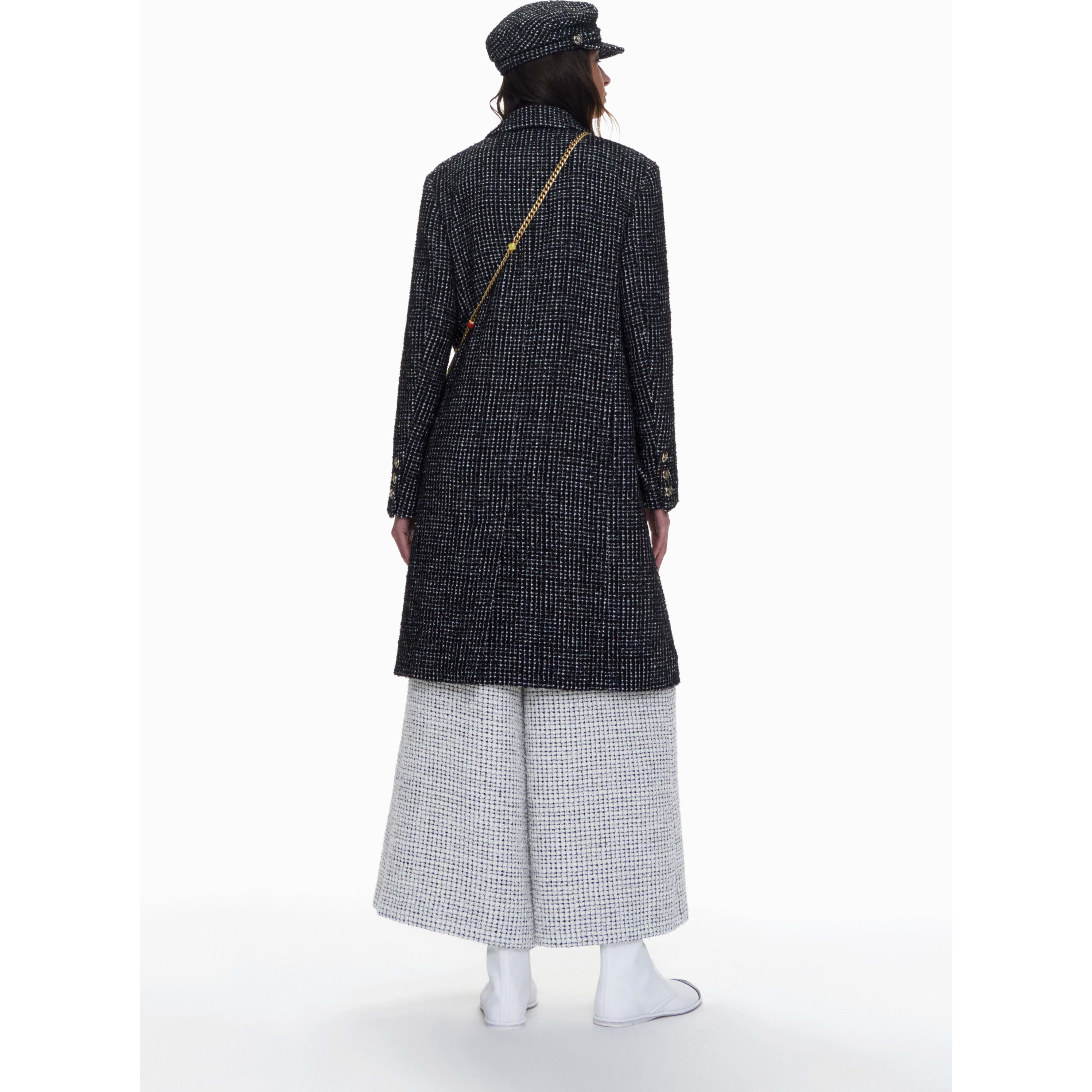 Coat - Black & White - Tweed - CHANEL - Alternative view - see standard sized version
