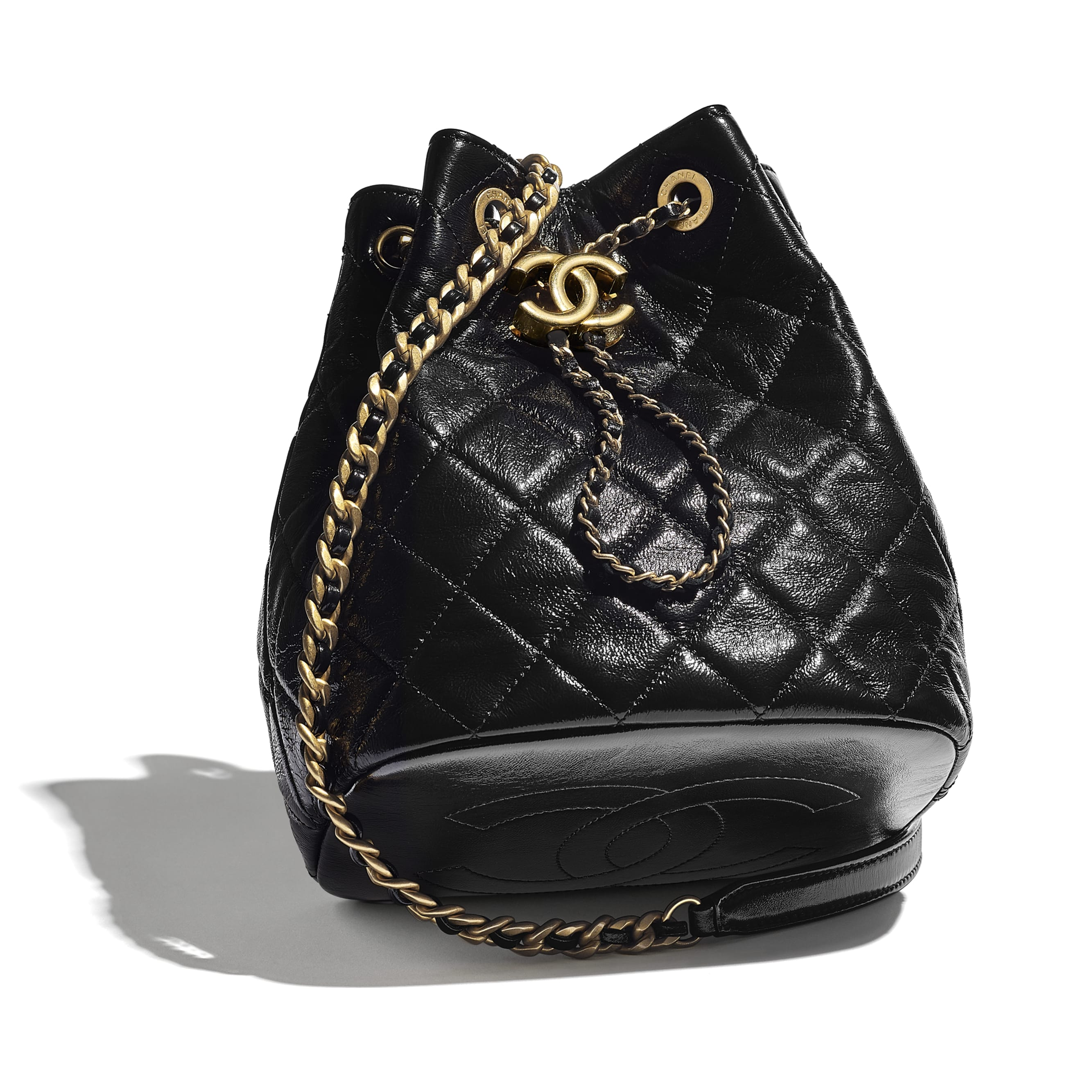 Drawstring Bag - Black - Shiny Lambskin & Gold-Tone Metal - CHANEL - Extra view - see standard sized version