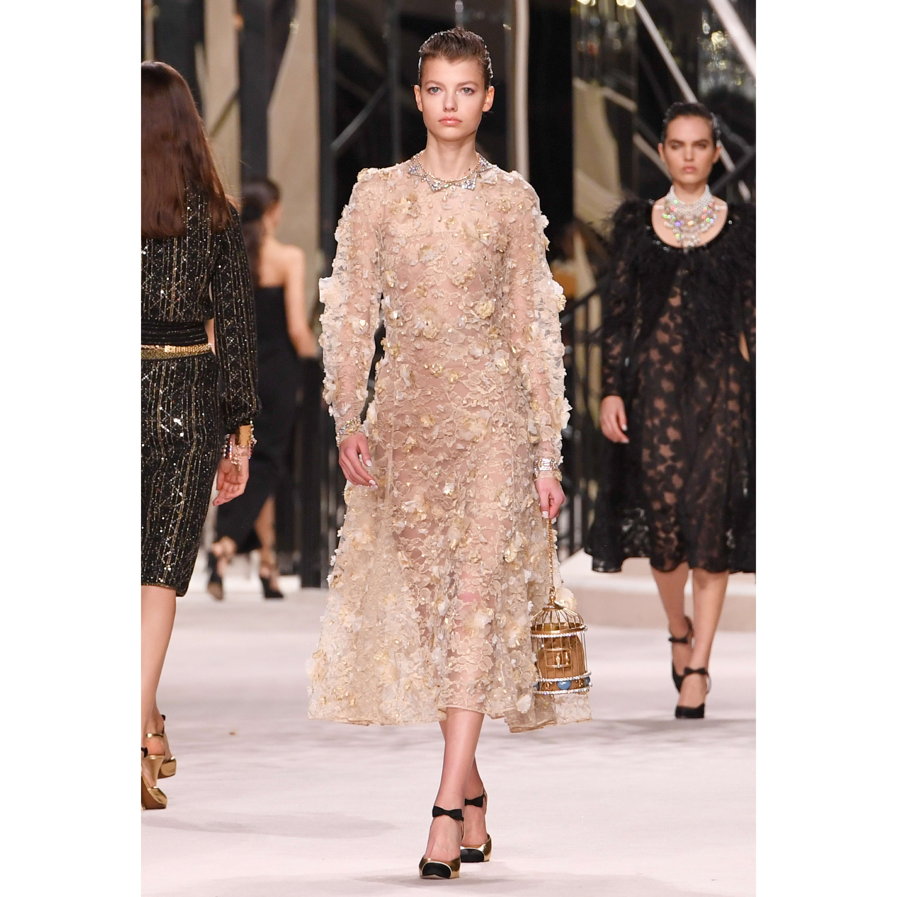 Dress - Beige & Gold - Embroidered Lace - CHANEL - Default view - see standard sized version