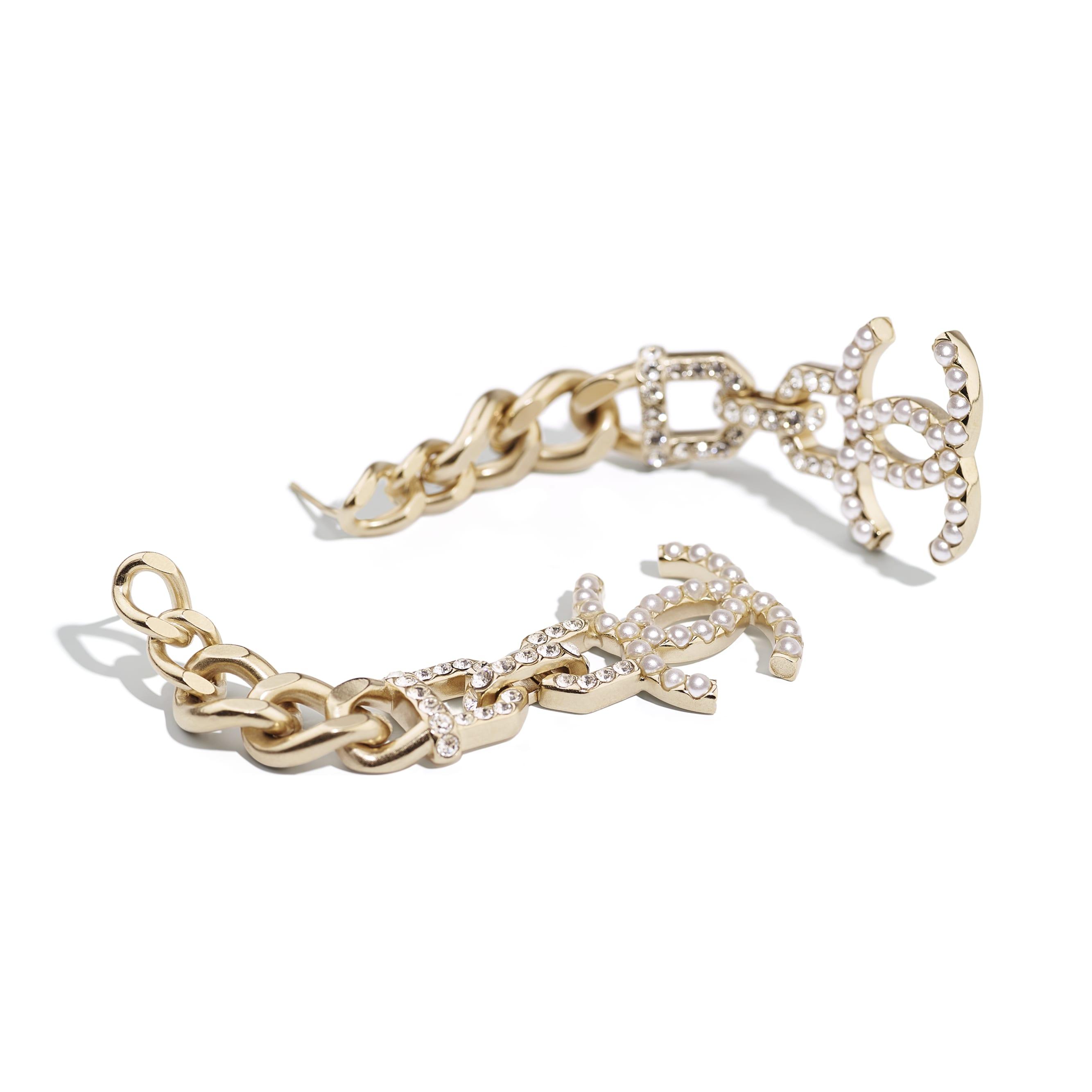 耳環 - 金、珍珠白及水晶色 - 金屬、仿珍珠及水晶 - CHANEL - 替代視圖 - 查看標準尺寸版本