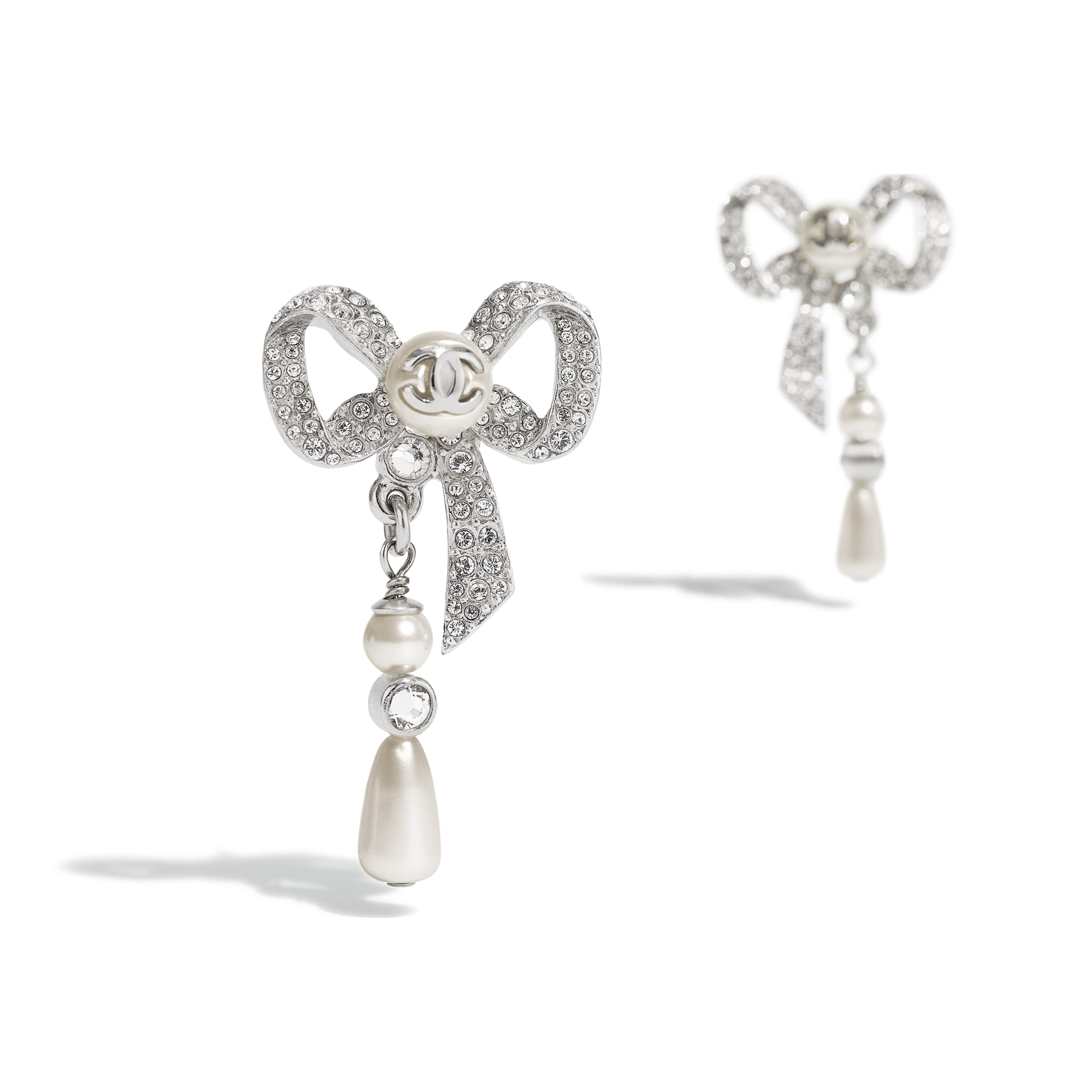 Earrings - Silver, Pearly White & Crystal - Metal, Glass Pearls, Imitation Pearls & Diamanté - CHANEL - Alternative view - see standard sized version