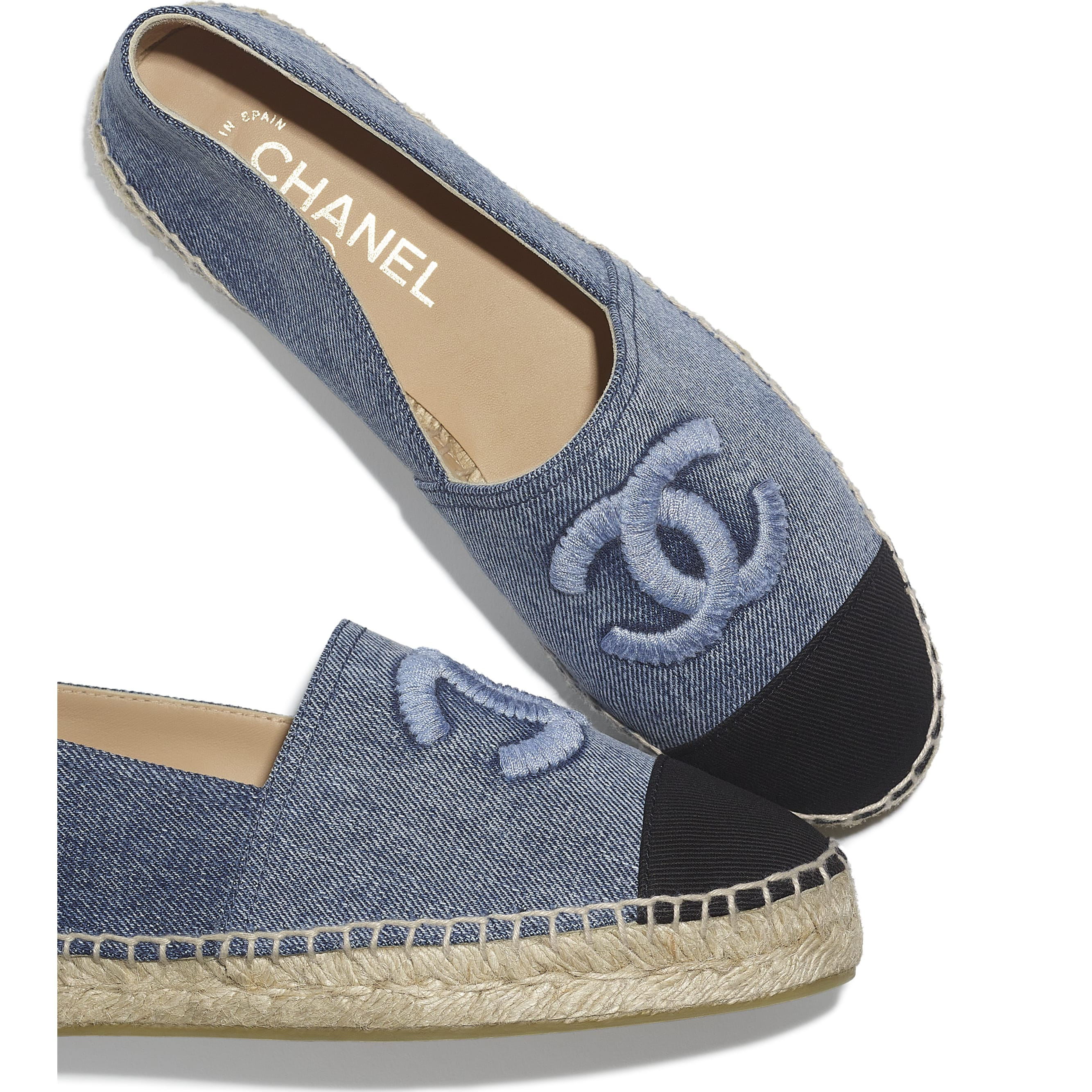 Espadrilles - Blue & Black - Denim - CHANEL - Extra view - see standard sized version