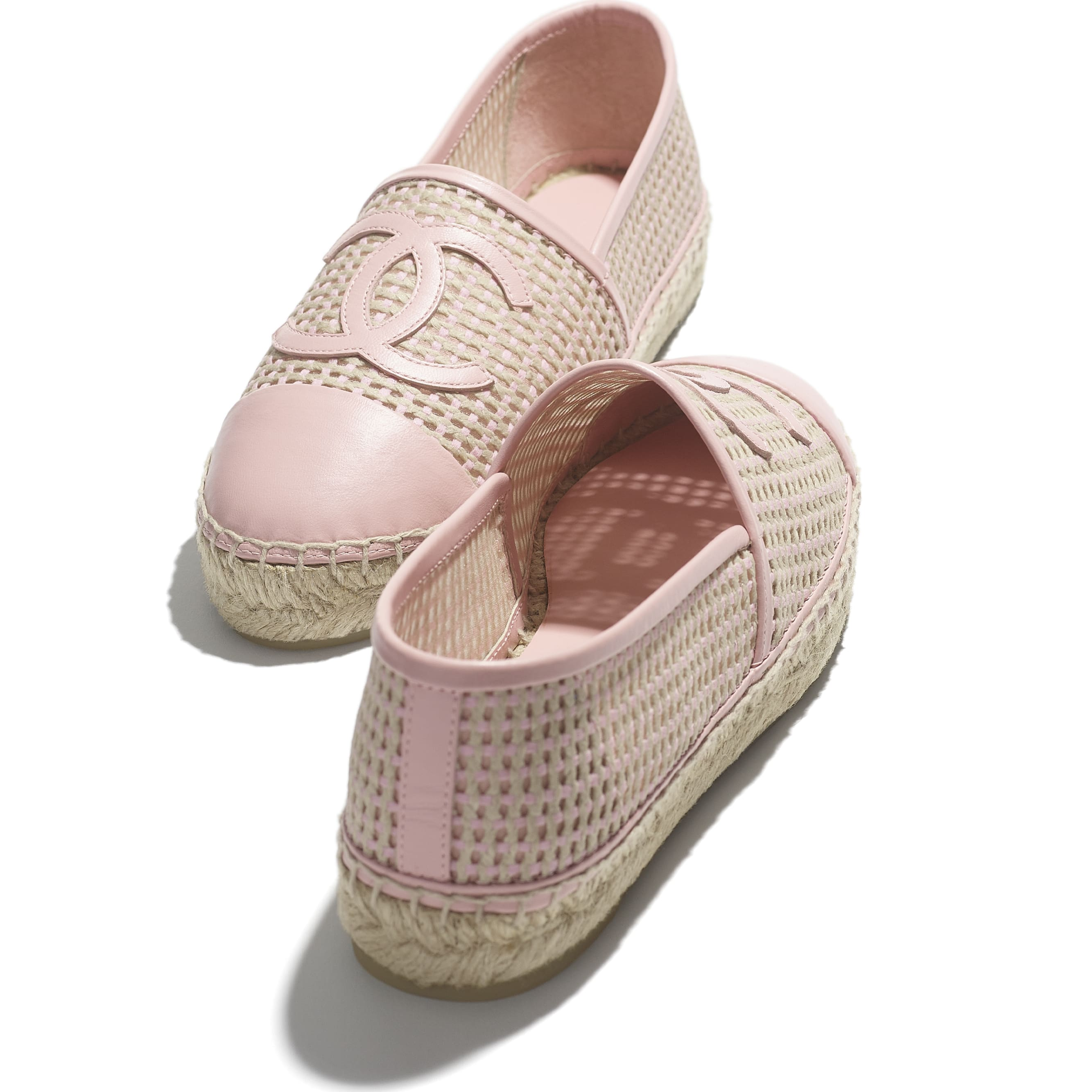Espadrilles - Light Pink & Beige - Mesh & Lambskin - CHANEL - Extra view - see standard sized version