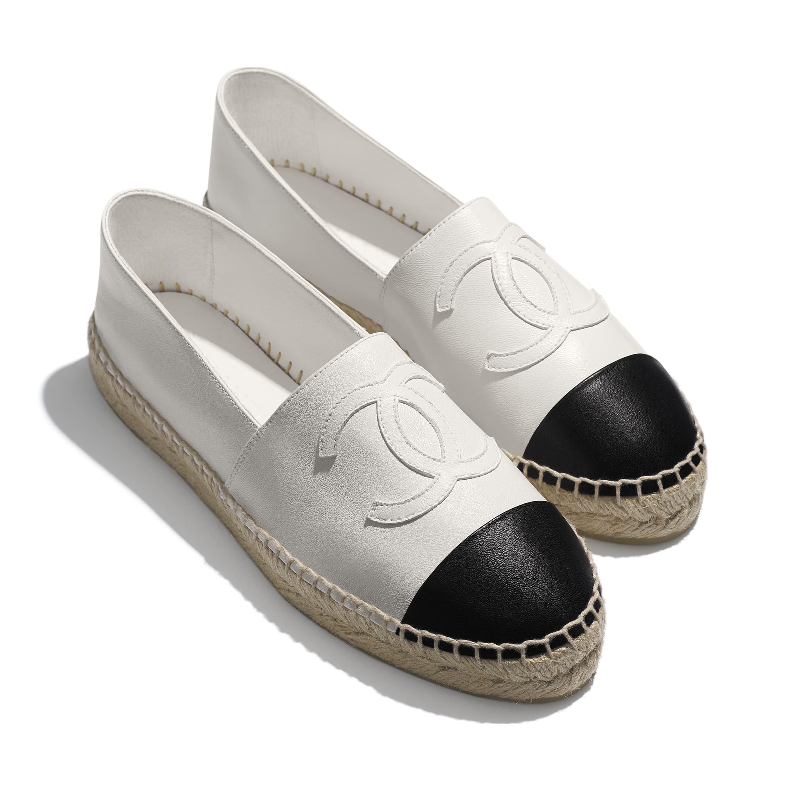 草編鞋 - 白與黑 - 小羊皮 - 額外視圖 - 查看標準尺寸版本