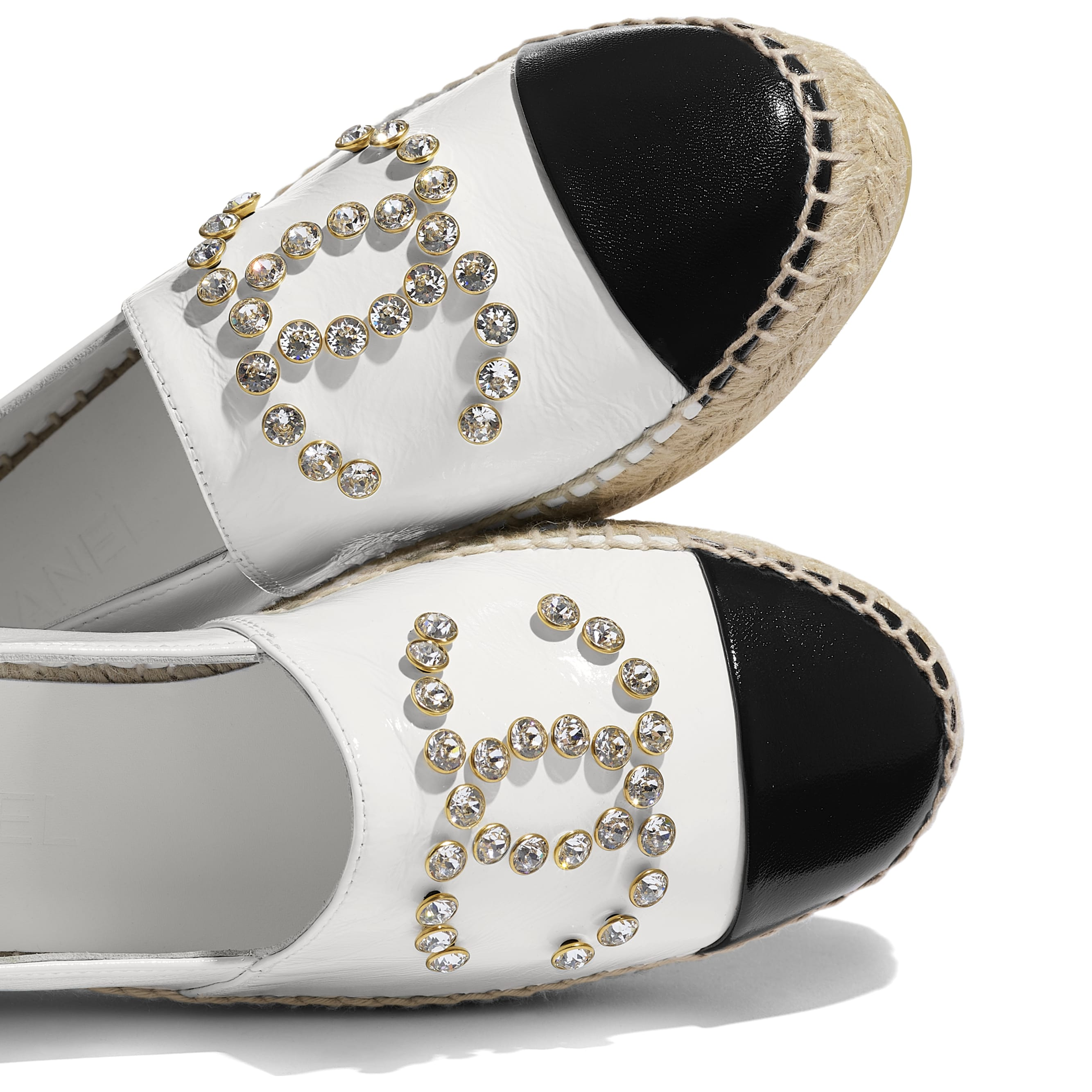 Espadrilles - White & Black - Patent Lambskin - CHANEL - Extra view - see standard sized version