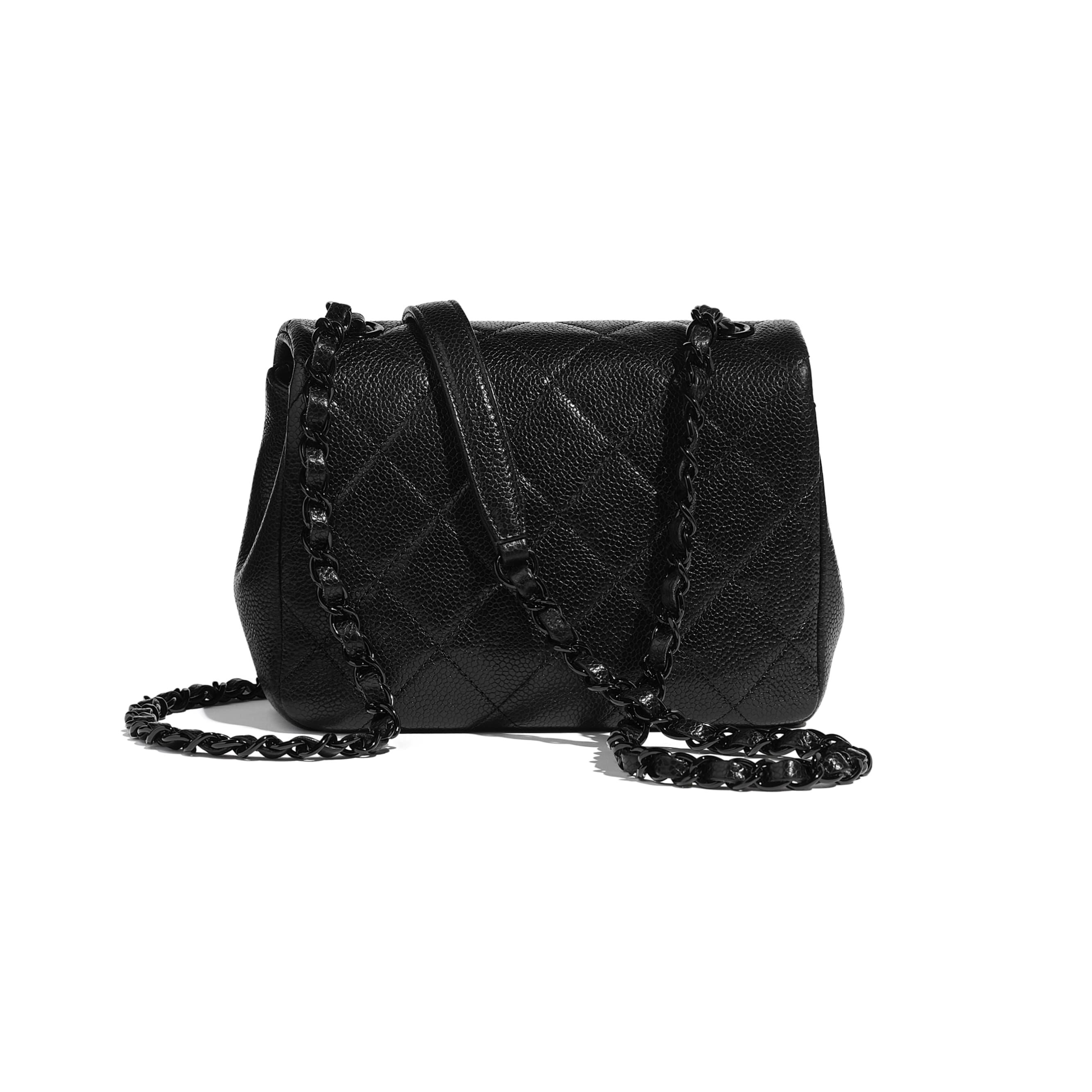 Bolso con solapa - Negro - Piel de ternera granulada y metal lacado - CHANEL - Vista alternativa - ver la versión tamaño estándar