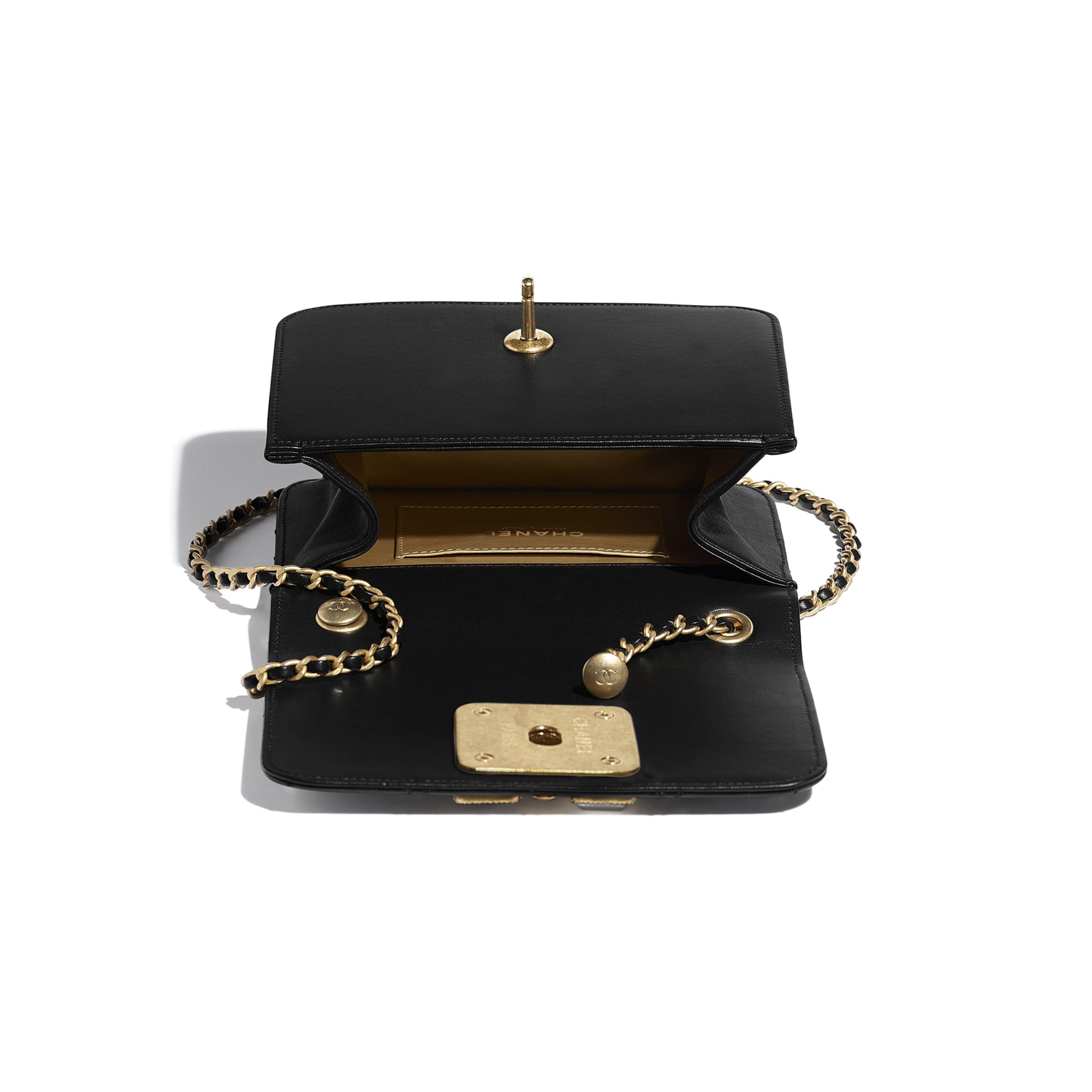 Bolsa - Black & White - Calfskin, Crystal Pearls, Resin & Gold-Tone Metal - CHANEL - Outra vista - ver a versão em tamanho standard