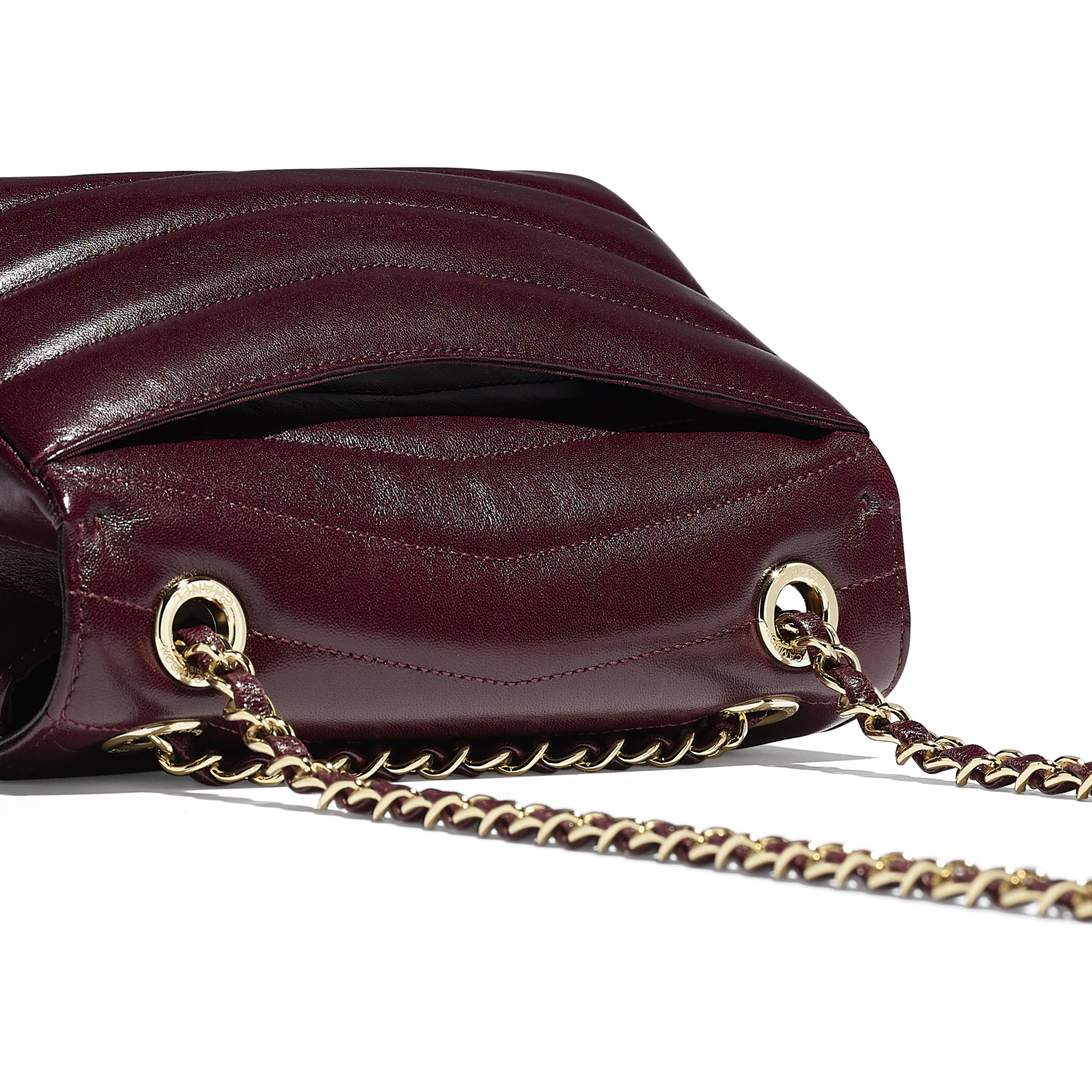 Flap Bag - Burgundy - Lambskin - Extra view - see standard sized version