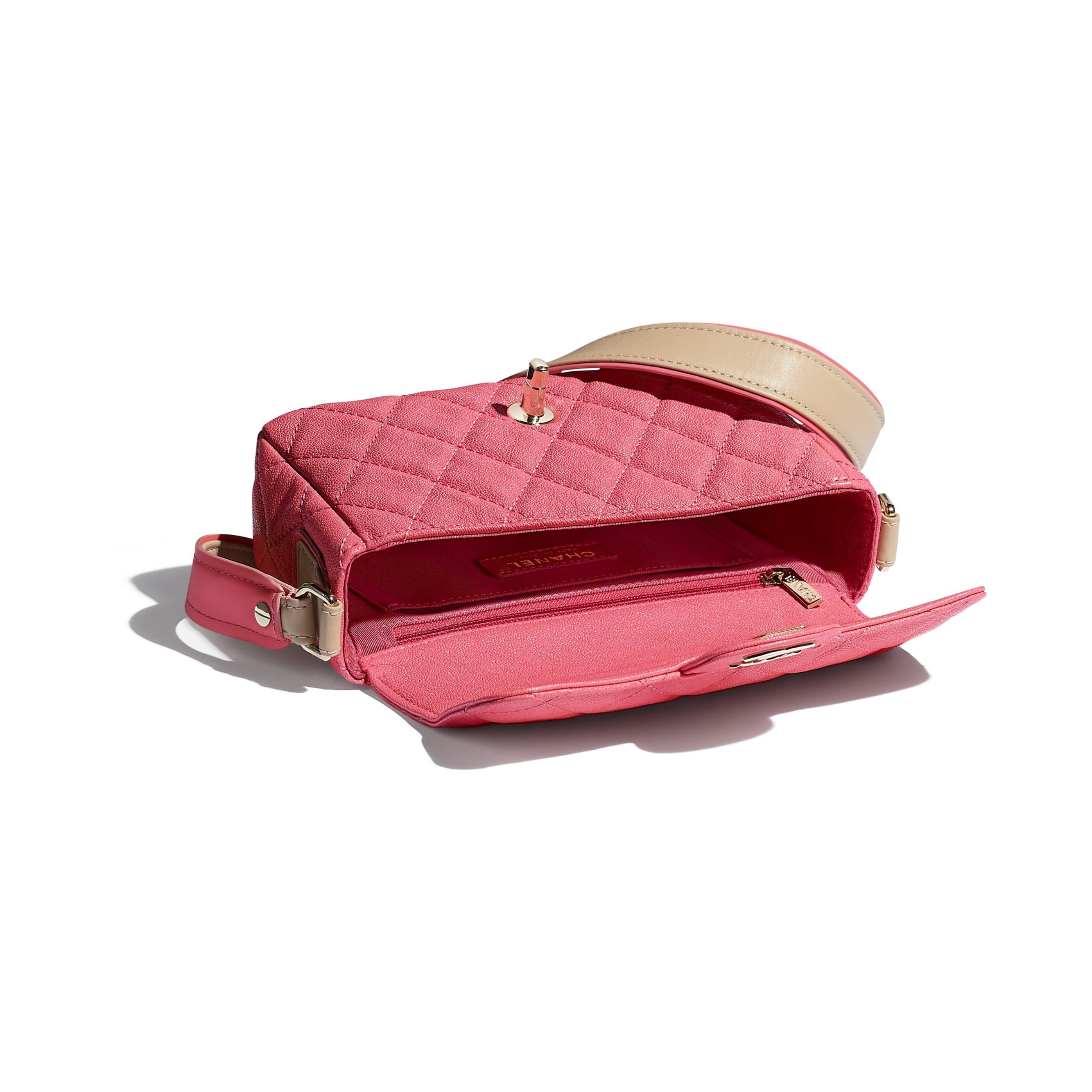 Flap Bag - Coral - Grained Calfskin, Smooth Calfskin & Gold-Tone Metal - CHANEL - Other view - see standard sized version