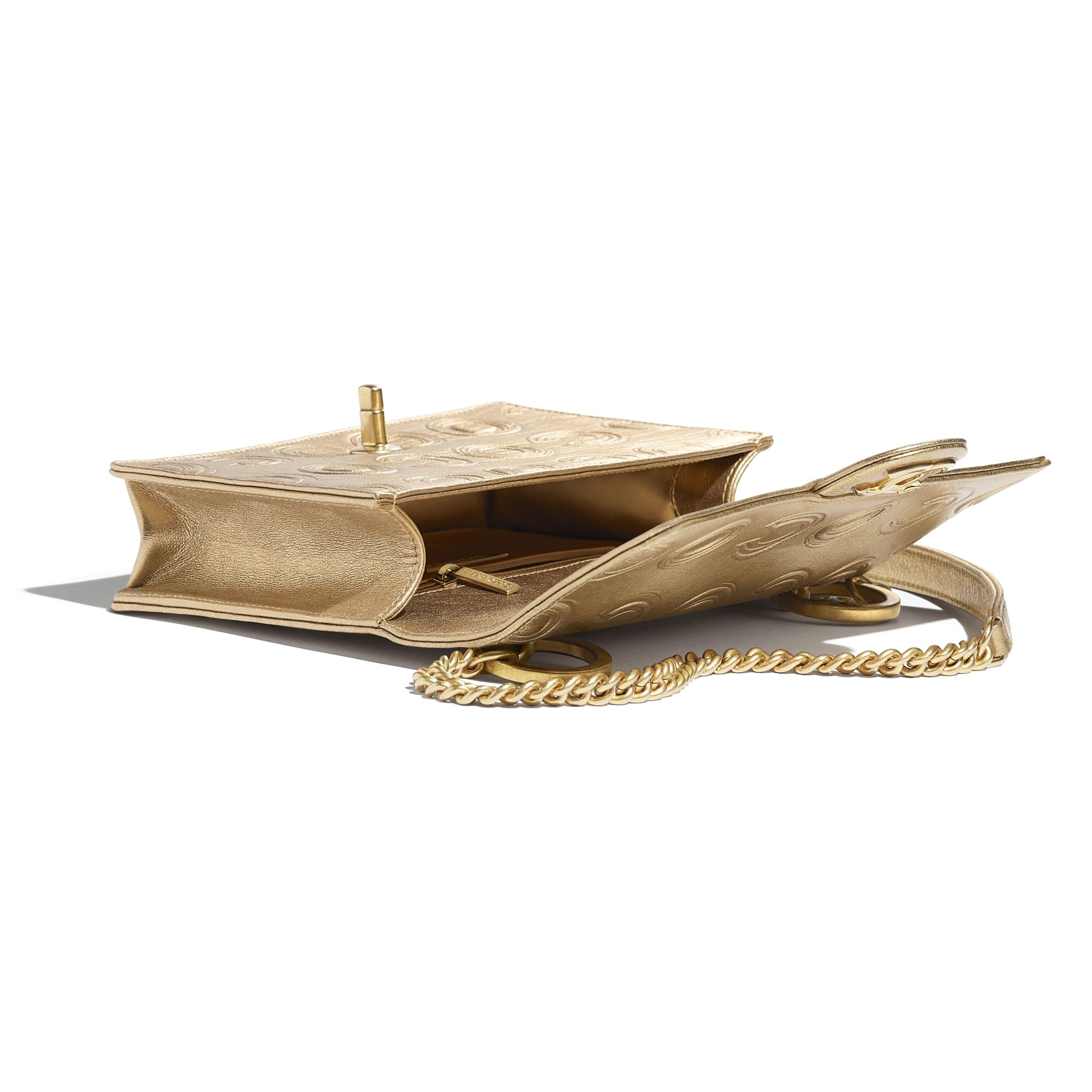Сумка-конверт - Золотистый - Металлизированная кожа теленка и золотистый металл - Другое изображение - посмотреть изображение стандартного размера