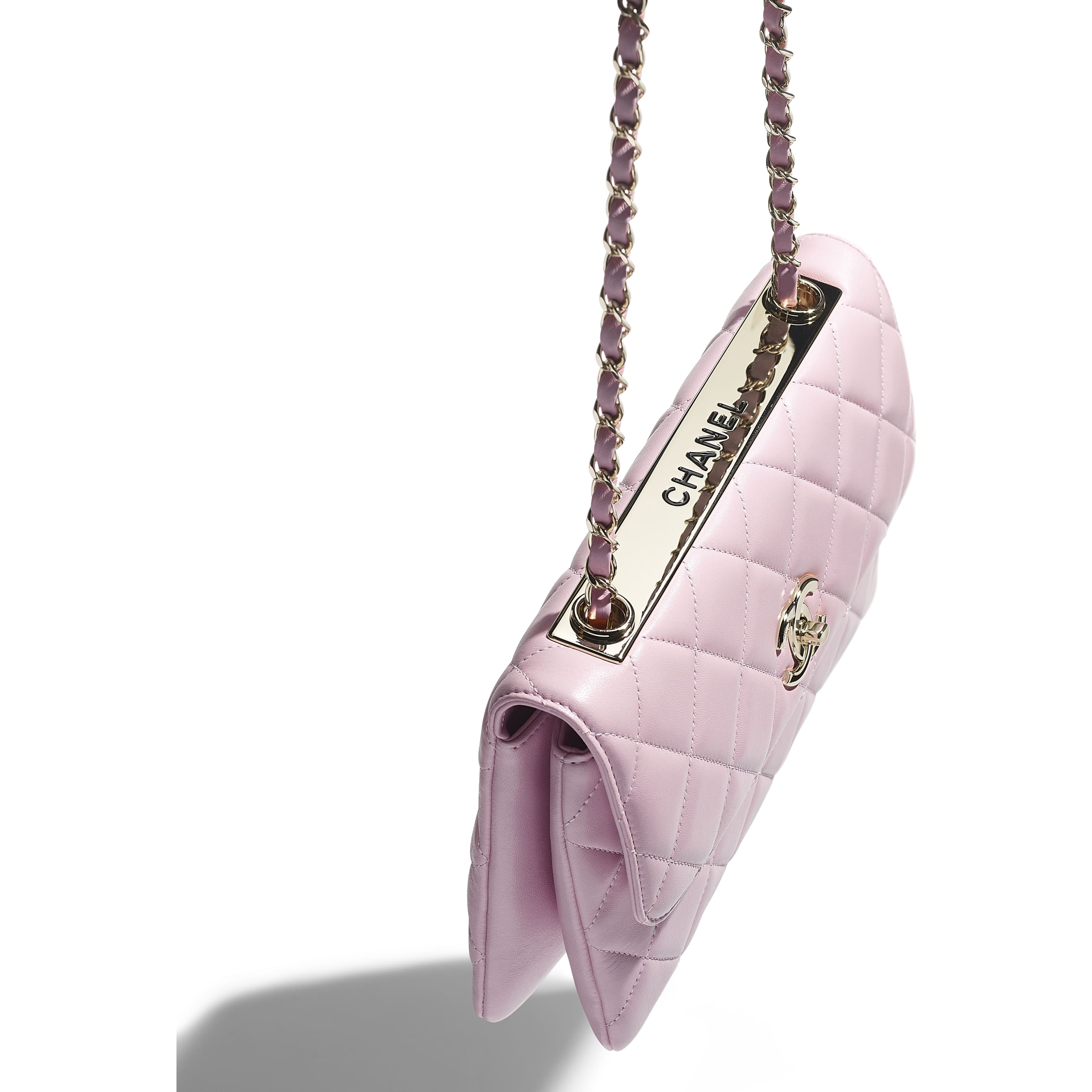 Flap Bag - Light Pink - Lambskin - CHANEL - Extra view - see standard sized version