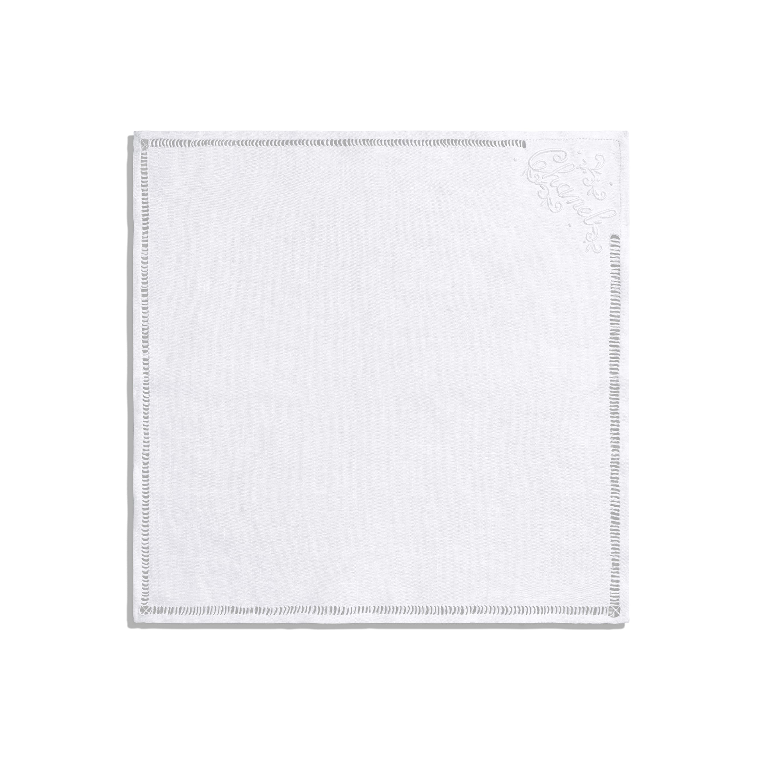 Handkerchief - White - Linen - CHANEL - Alternative view - see standard sized version