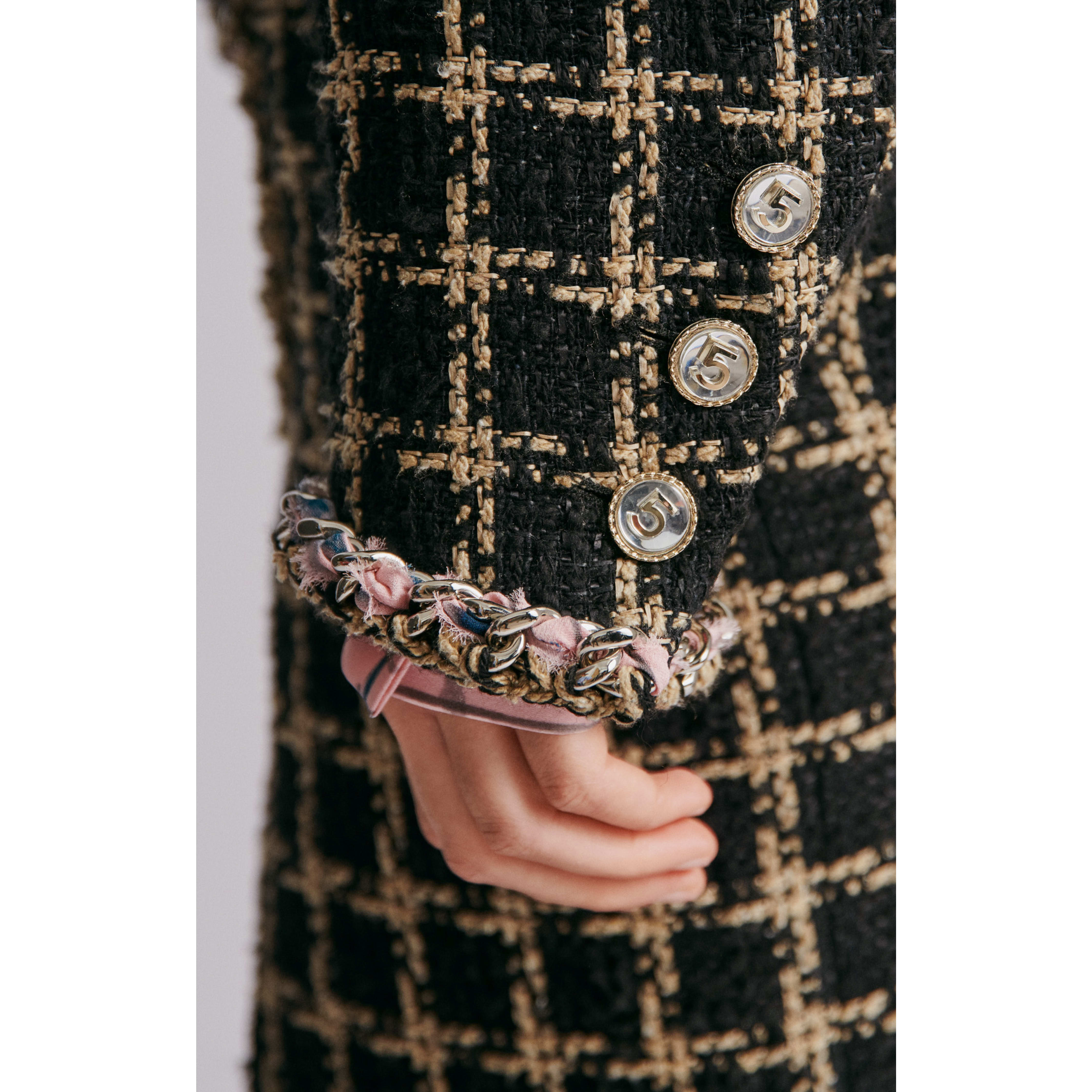 Jacket - Black & Beige - Silk & Cotton Tweed - CHANEL - Other view - see standard sized version