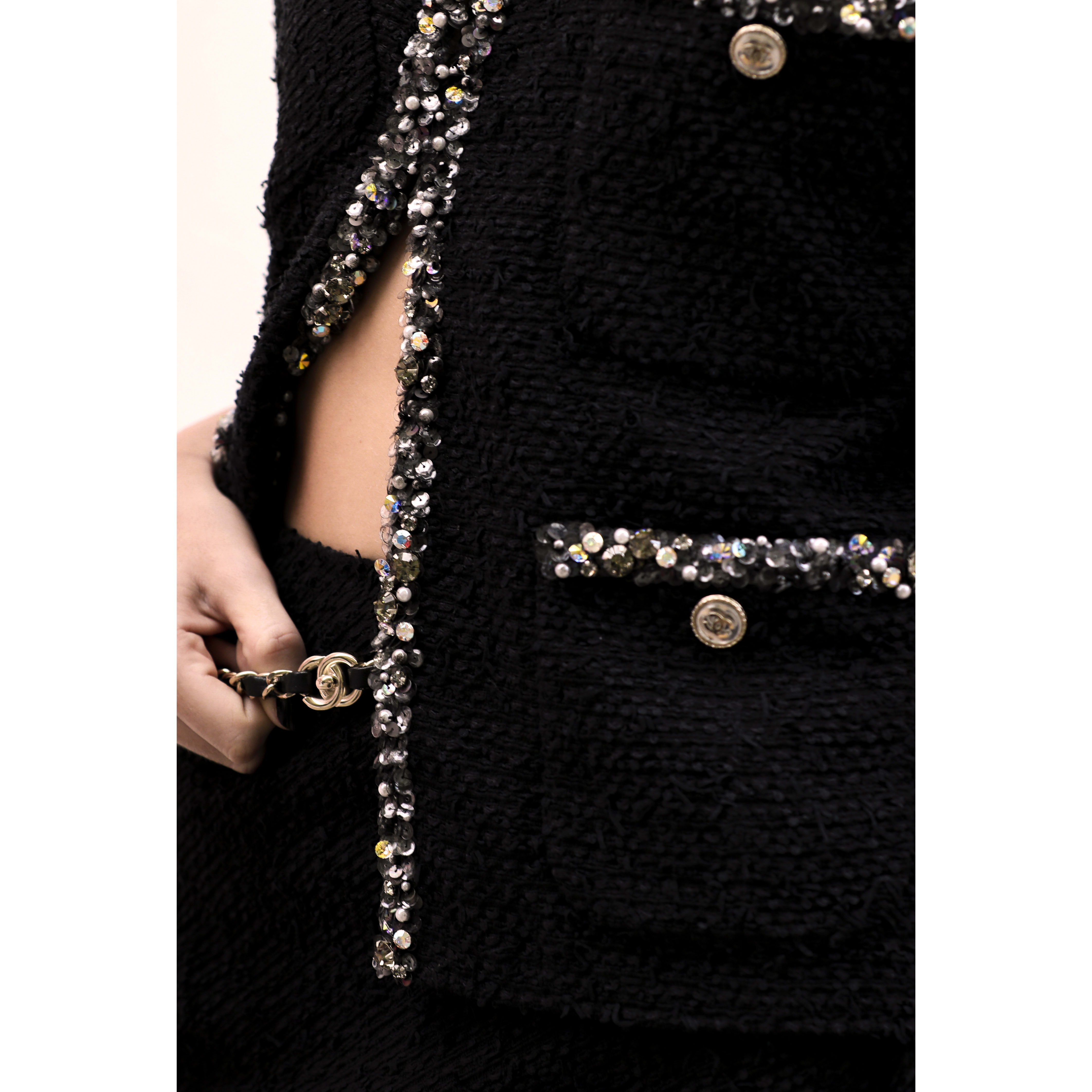 Jacket - Black - Embroidered Tweed - CHANEL - Alternative view - see standard sized version