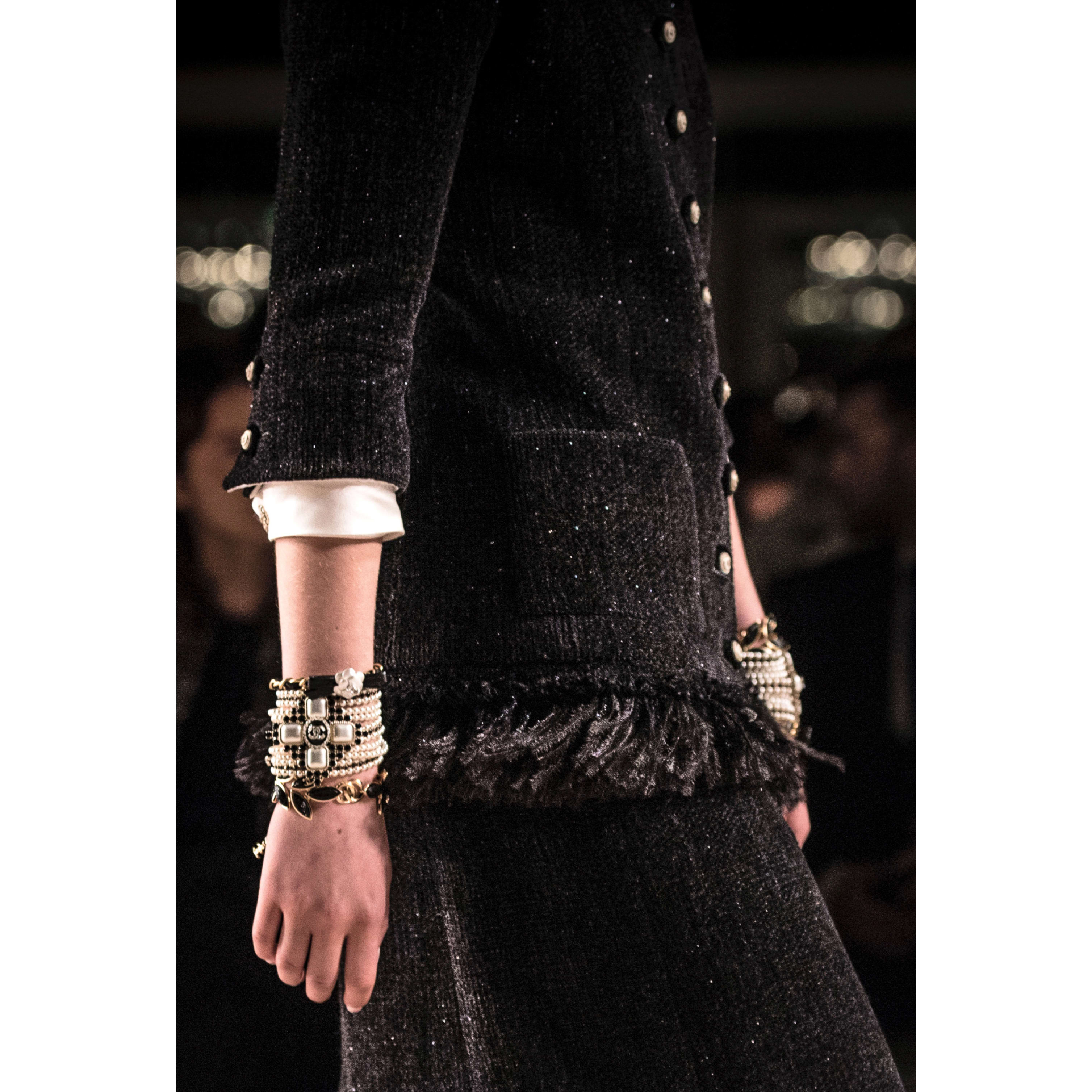 Jacket - Black - Wool Tweed - CHANEL - Other view - see standard sized version