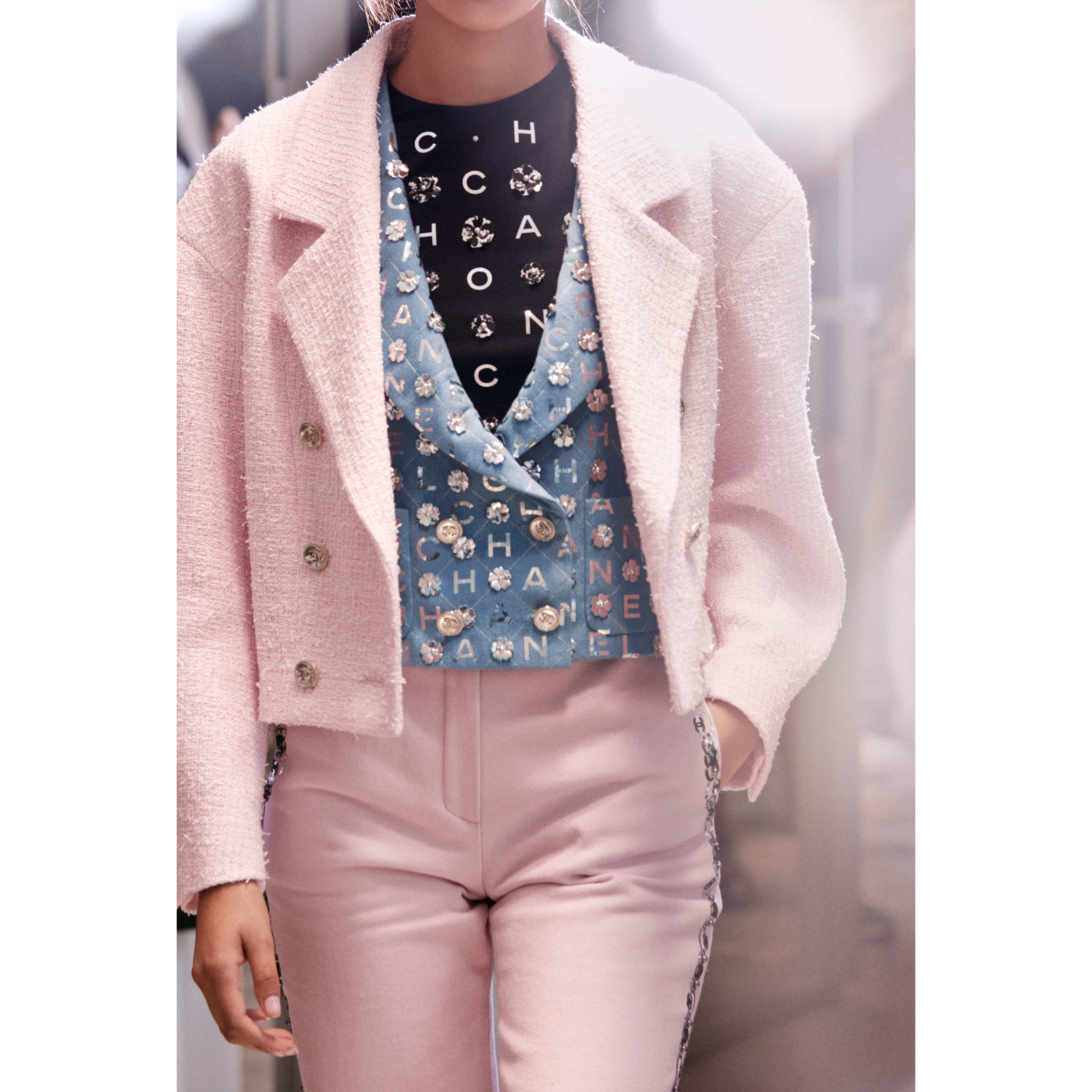 Jacket - Light Pink - Tweed - CHANEL - Other view - see standard sized version