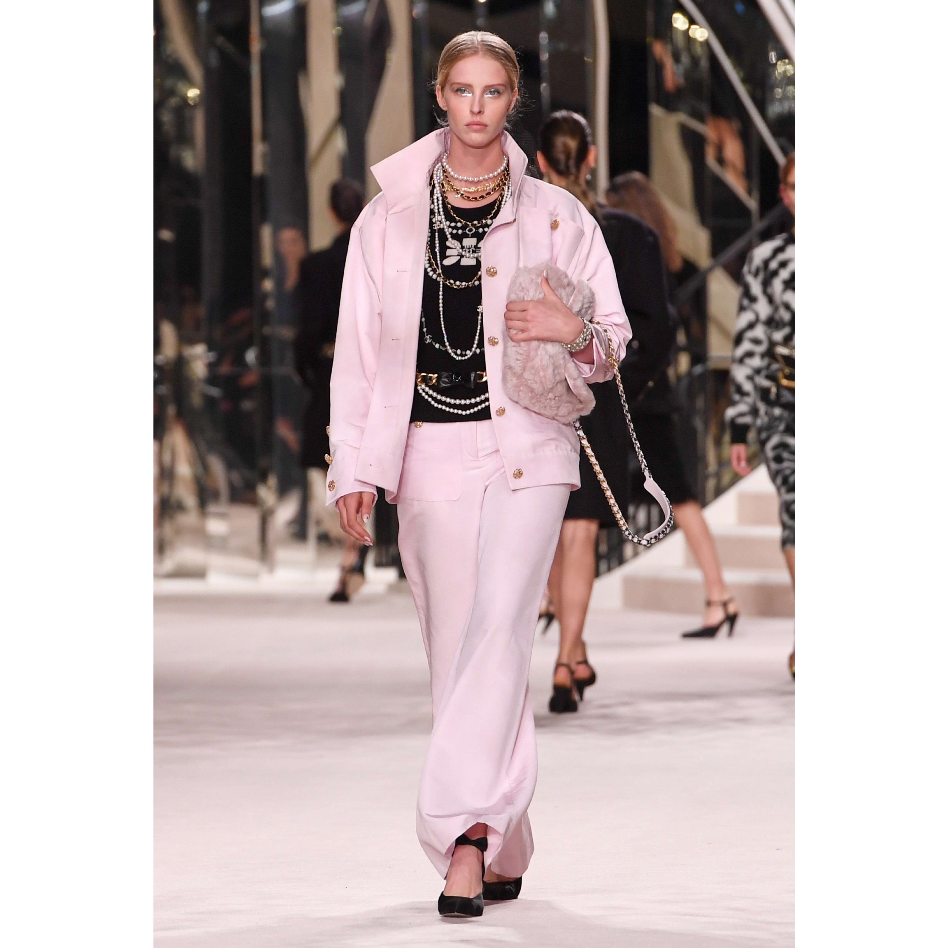 Jacket - Pale Pink - Cotton & Silk - CHANEL - Default view - see standard sized version