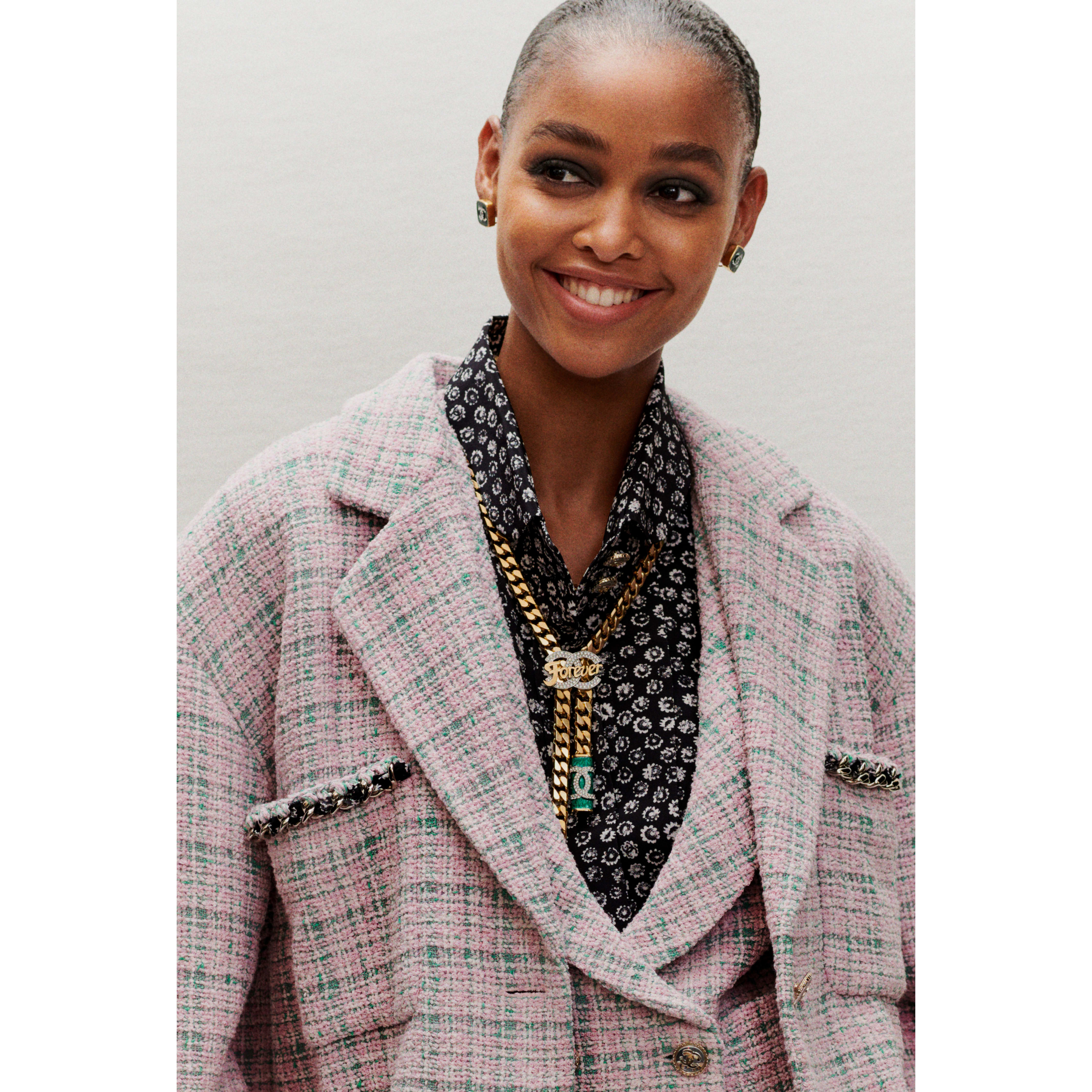 Jacket - Pink & Green - Tweed - CHANEL - Alternative view - see standard sized version