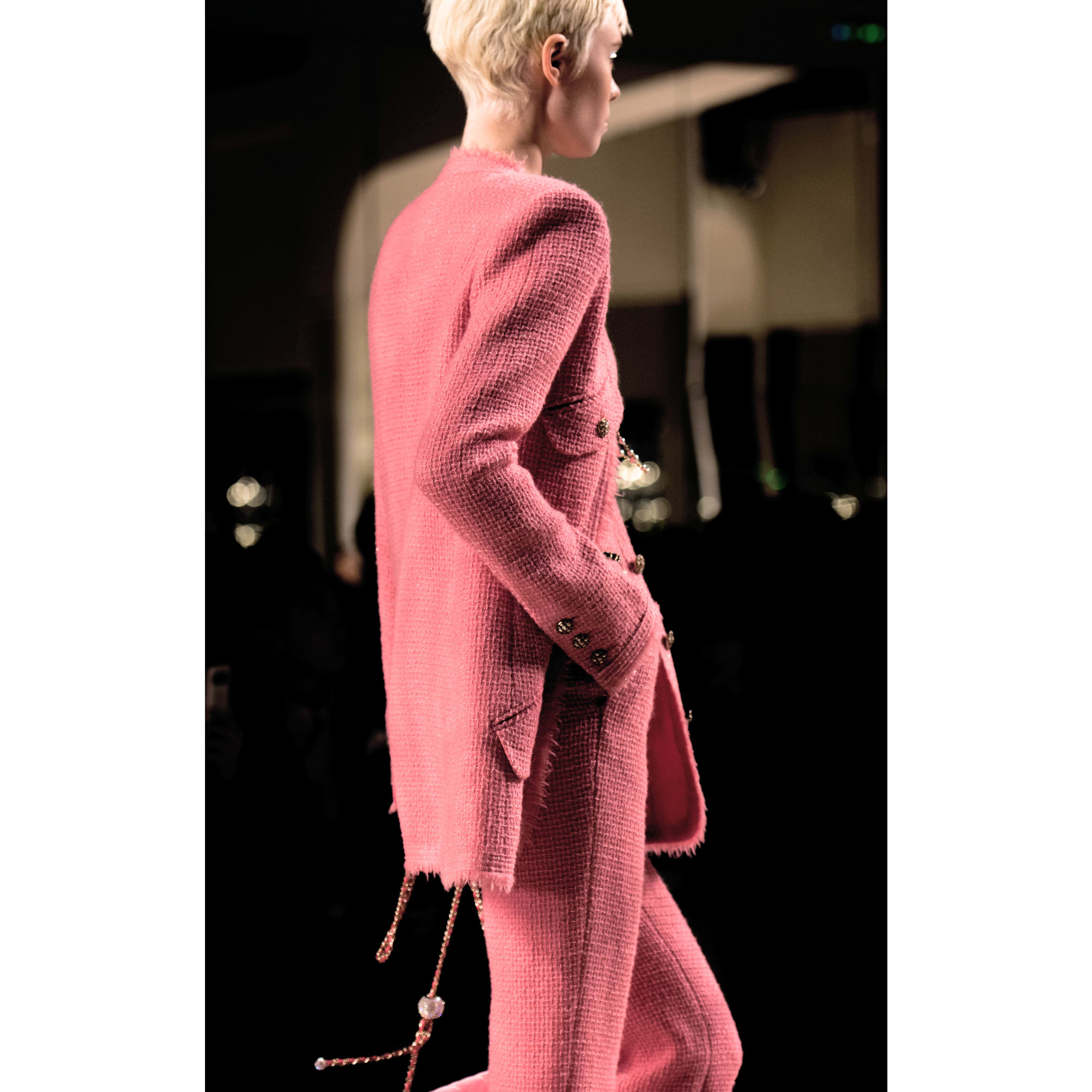 Jacket - Pink - Iridescent Wool Tweed - CHANEL - Alternative view - see standard sized version