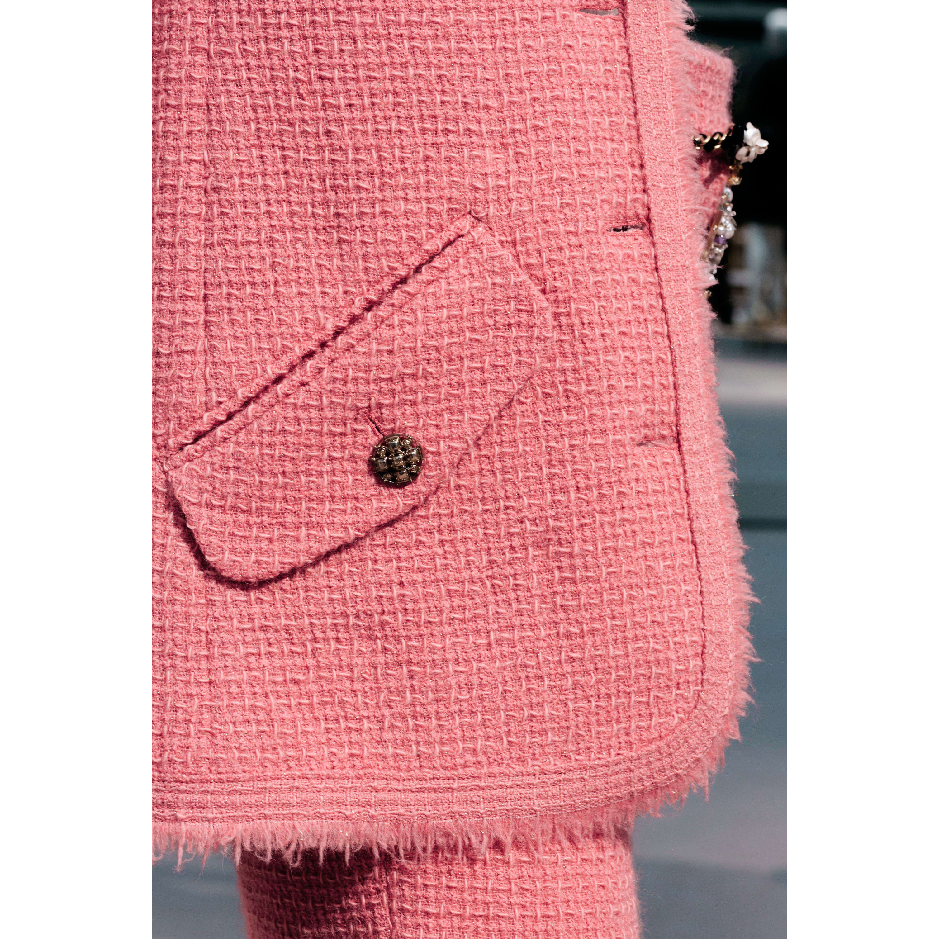 Jacket - Pink - Iridescent Wool Tweed - CHANEL - Other view - see standard sized version