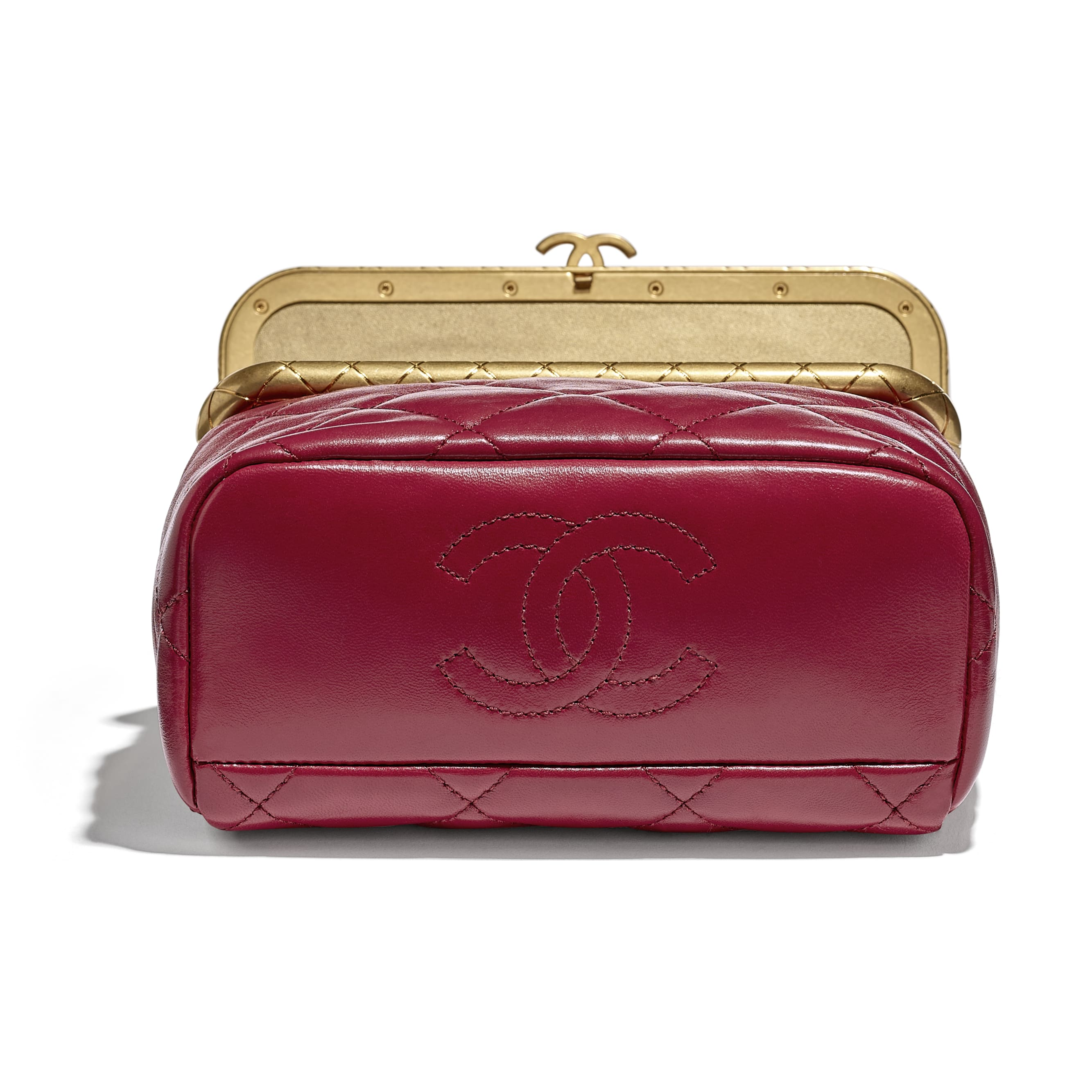 Clasp Bag - Red - Lambskin - CHANEL - Extra view - see standard sized version