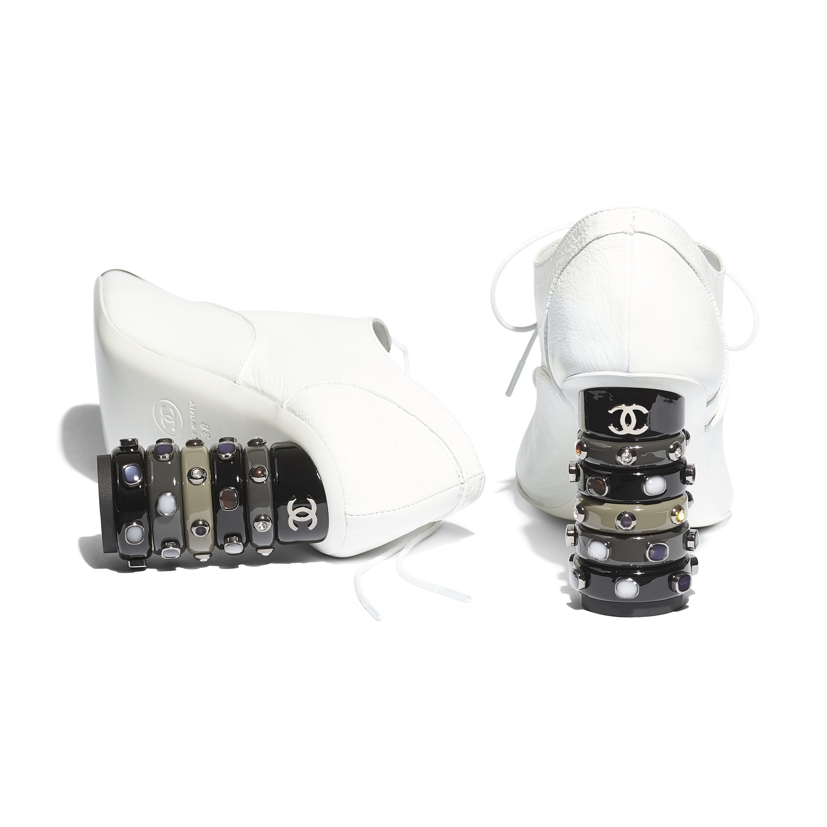 Lace Up - White & Black - Shiny Crumpled Calfskin - Extra view - see standard sized version