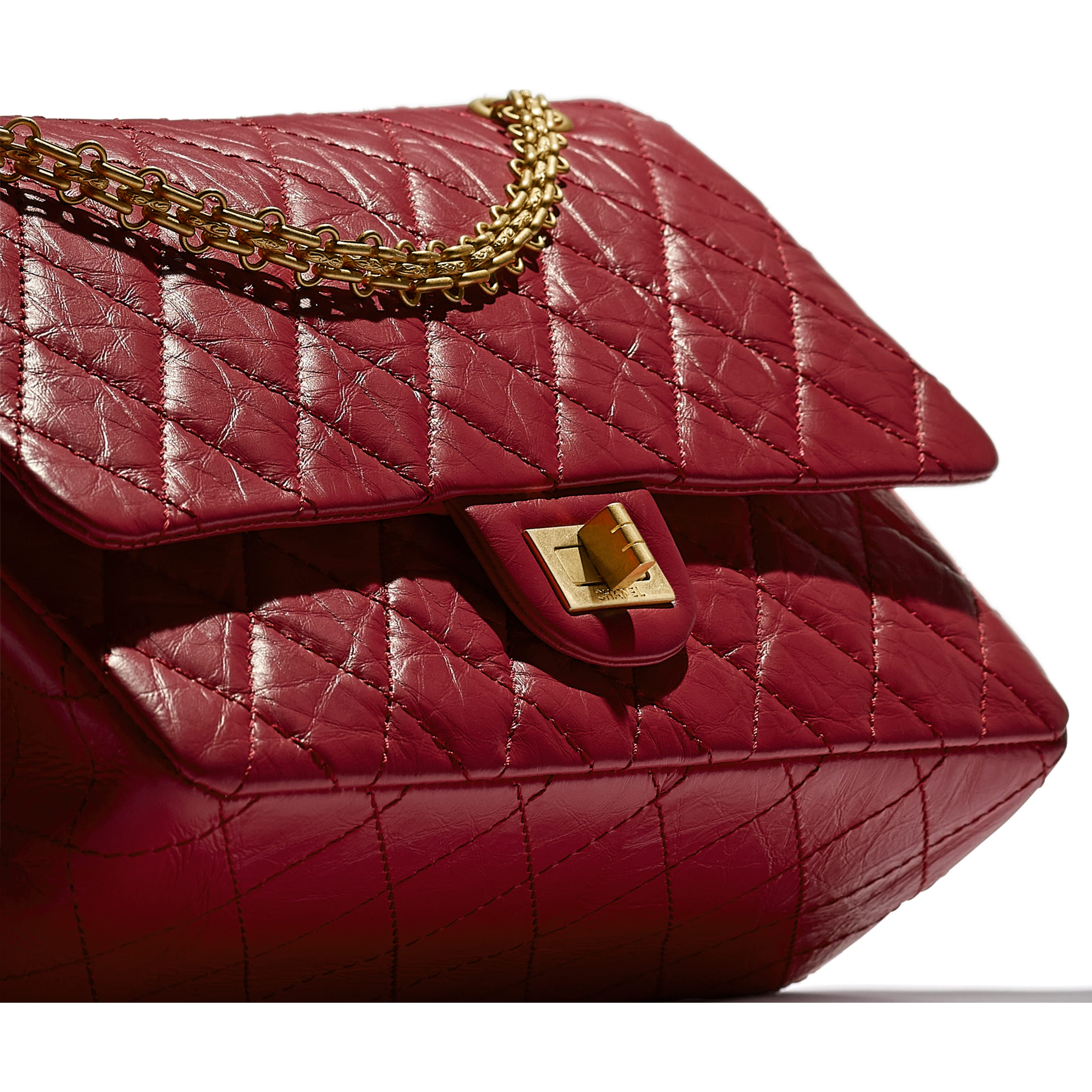 Large 2.55 Handbag - Red - Aged Calfskin & Gold-Tone Metal - CHANEL - Extra view - see standard sized version