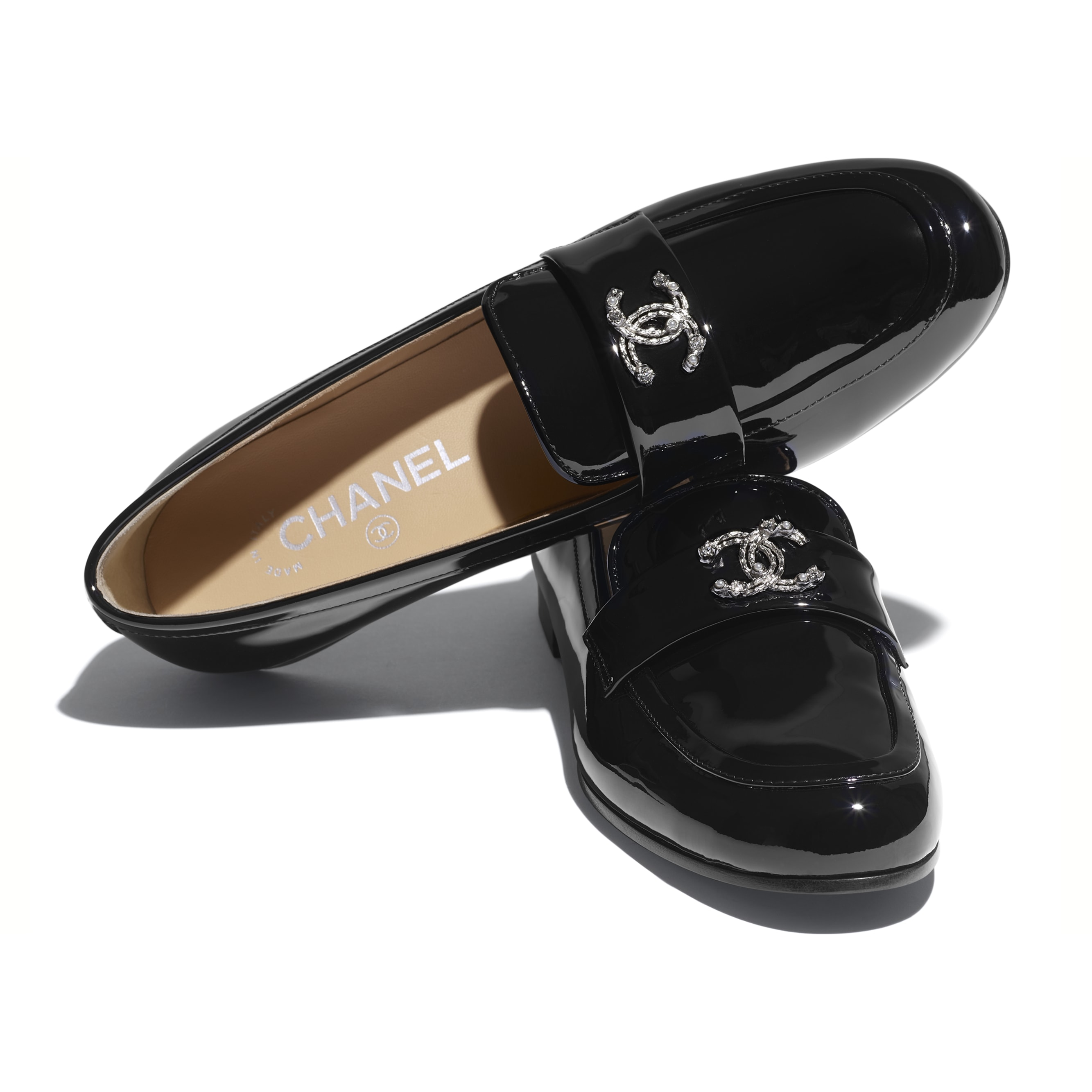 Loafers - Black - Patent Calfskin - CHANEL - Extra view - see standard sized version