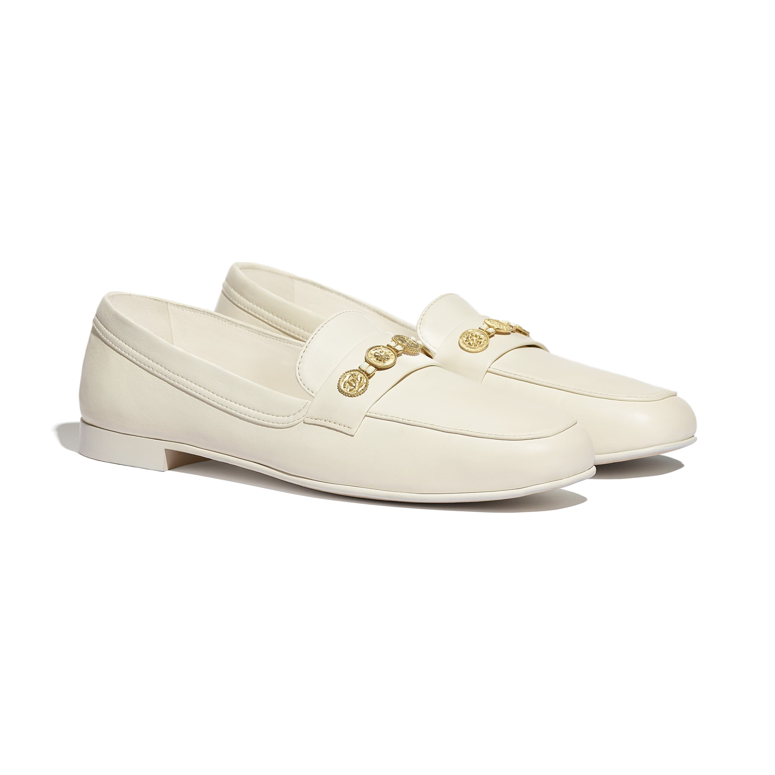 Loafers - Ivory - Lambskin - CHANEL - Alternative view - see standard sized version