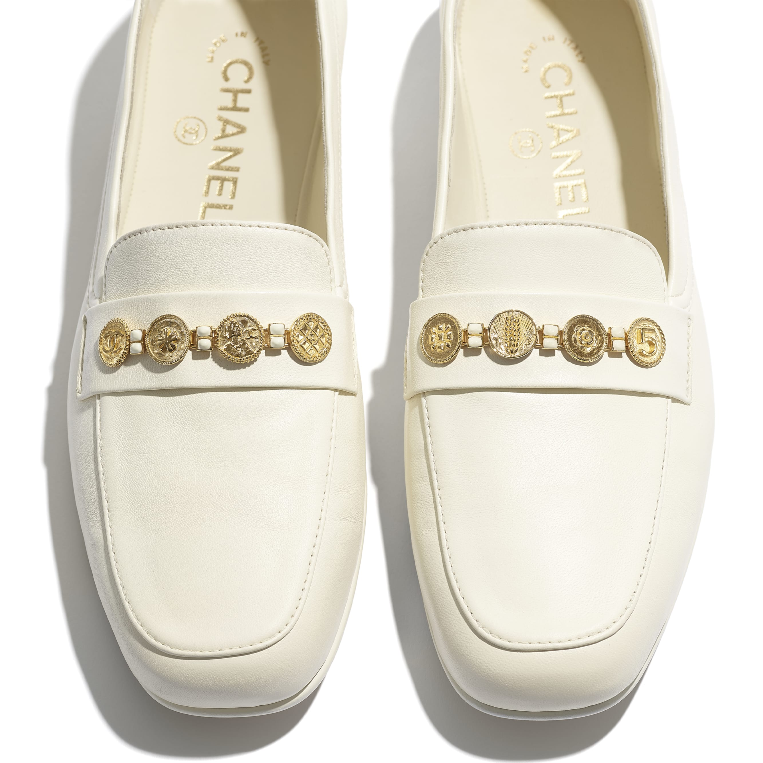 Loafers - Ivory - Lambskin - CHANEL - Extra view - see standard sized version