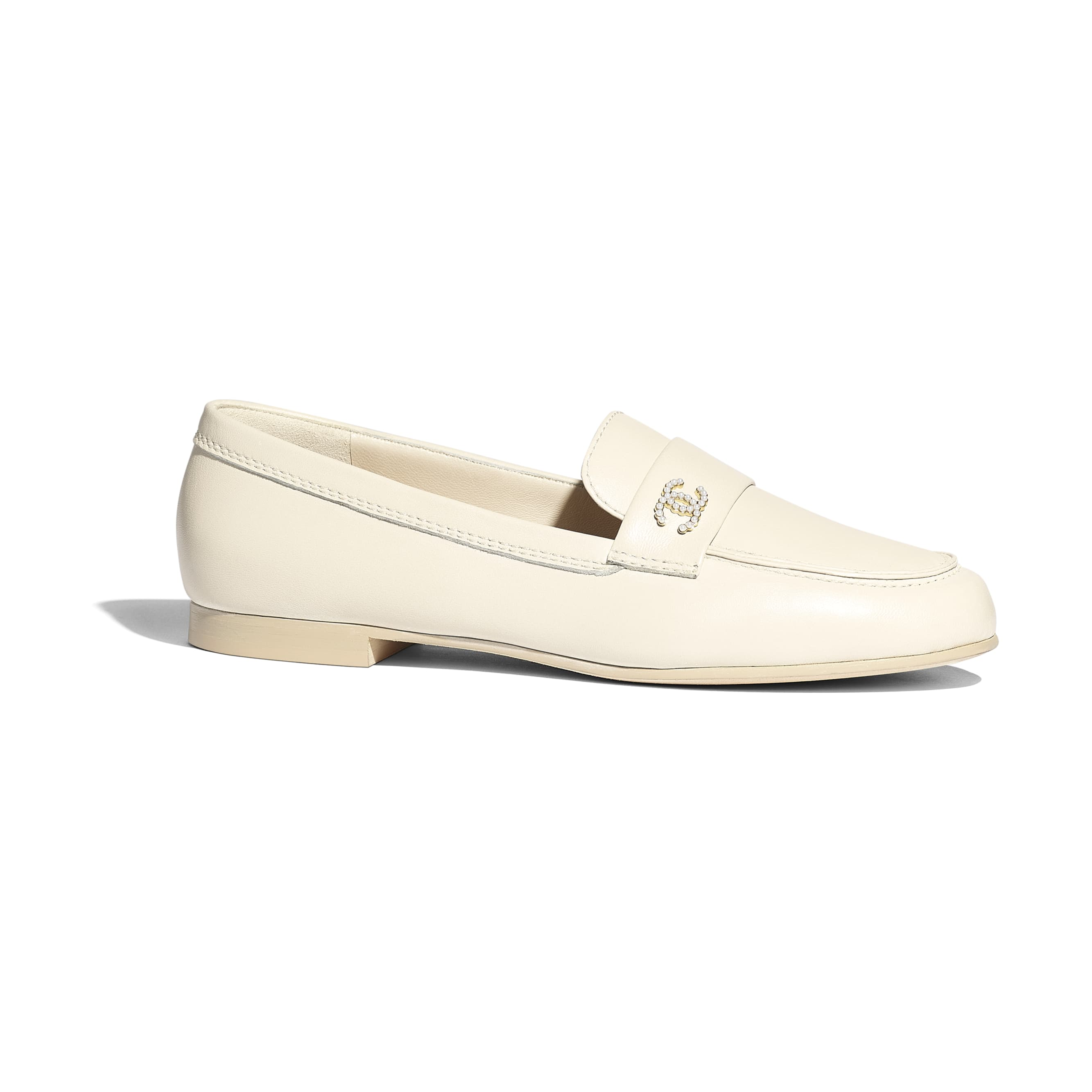 Loafers - Light Beige - Lambskin - CHANEL - Default view - see standard sized version