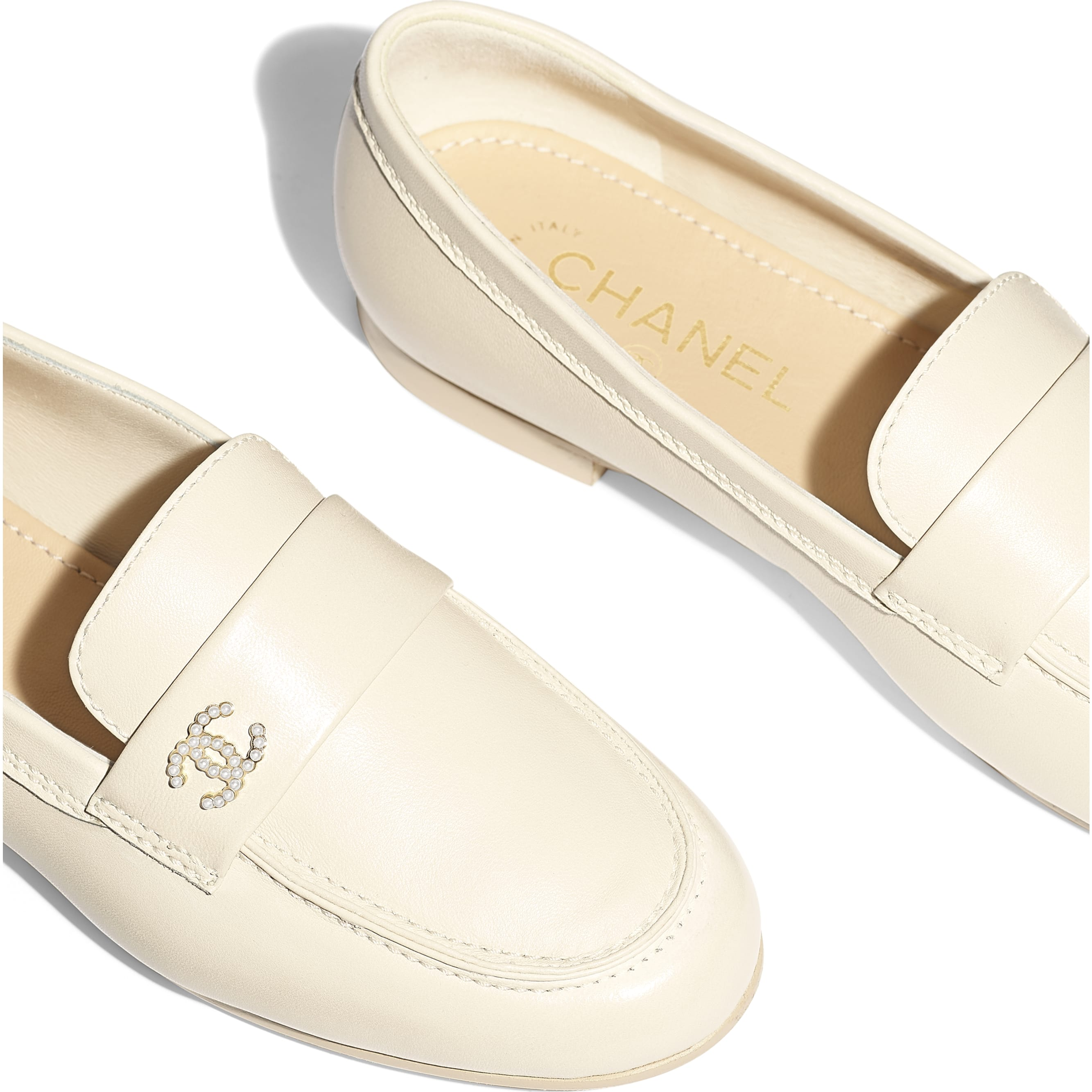Loafers - Light Beige - Lambskin - Extra view - see standard sized version