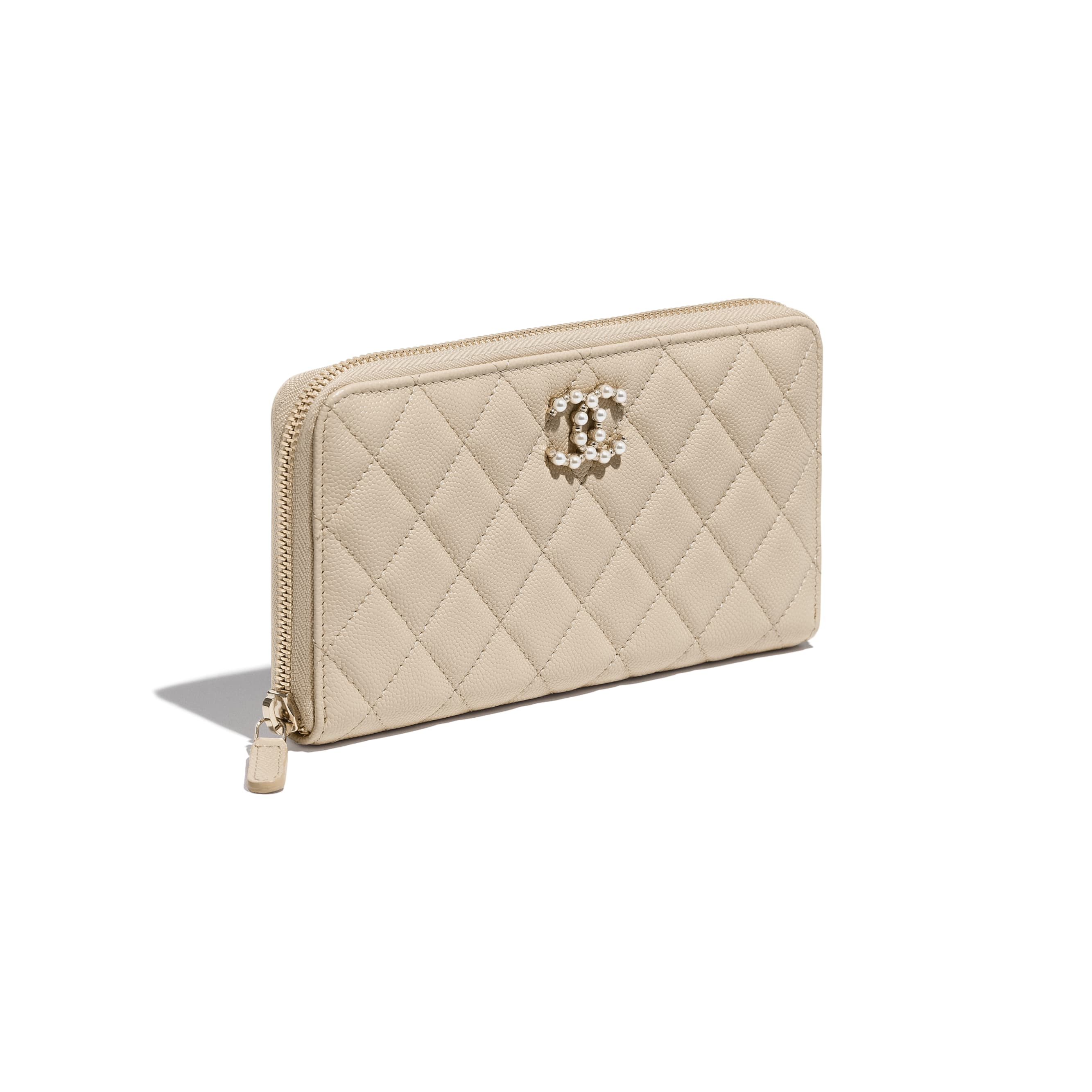 Long Zipped Wallet - Beige - Grained Calfskin & Gold-Tone Metal - CHANEL - Extra view - see standard sized version