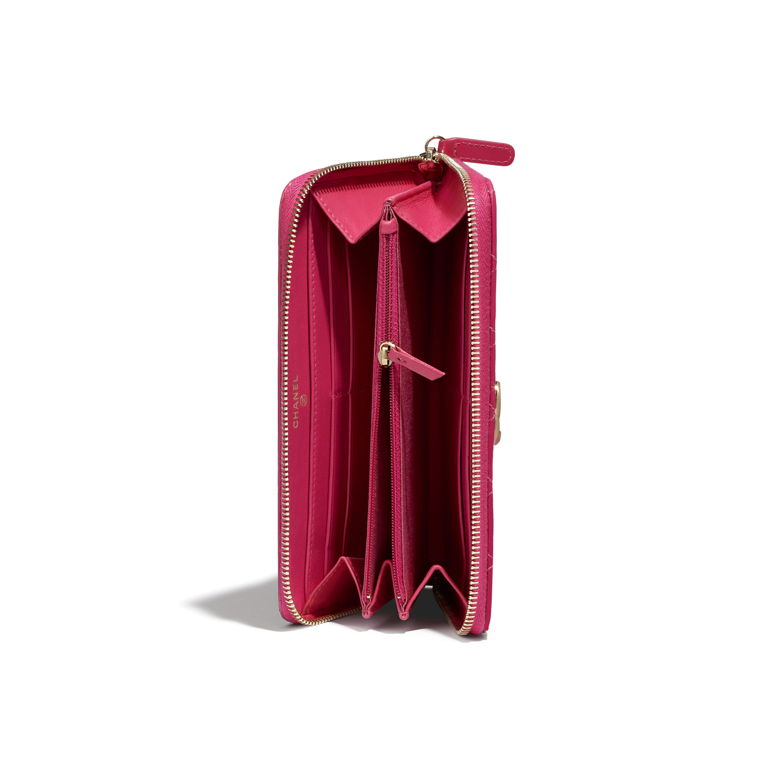 Long Zipped Wallet - Pink - Patent Calfskin, Lambskin & Gold-Tone Metal - CHANEL - Extra view - see standard sized version