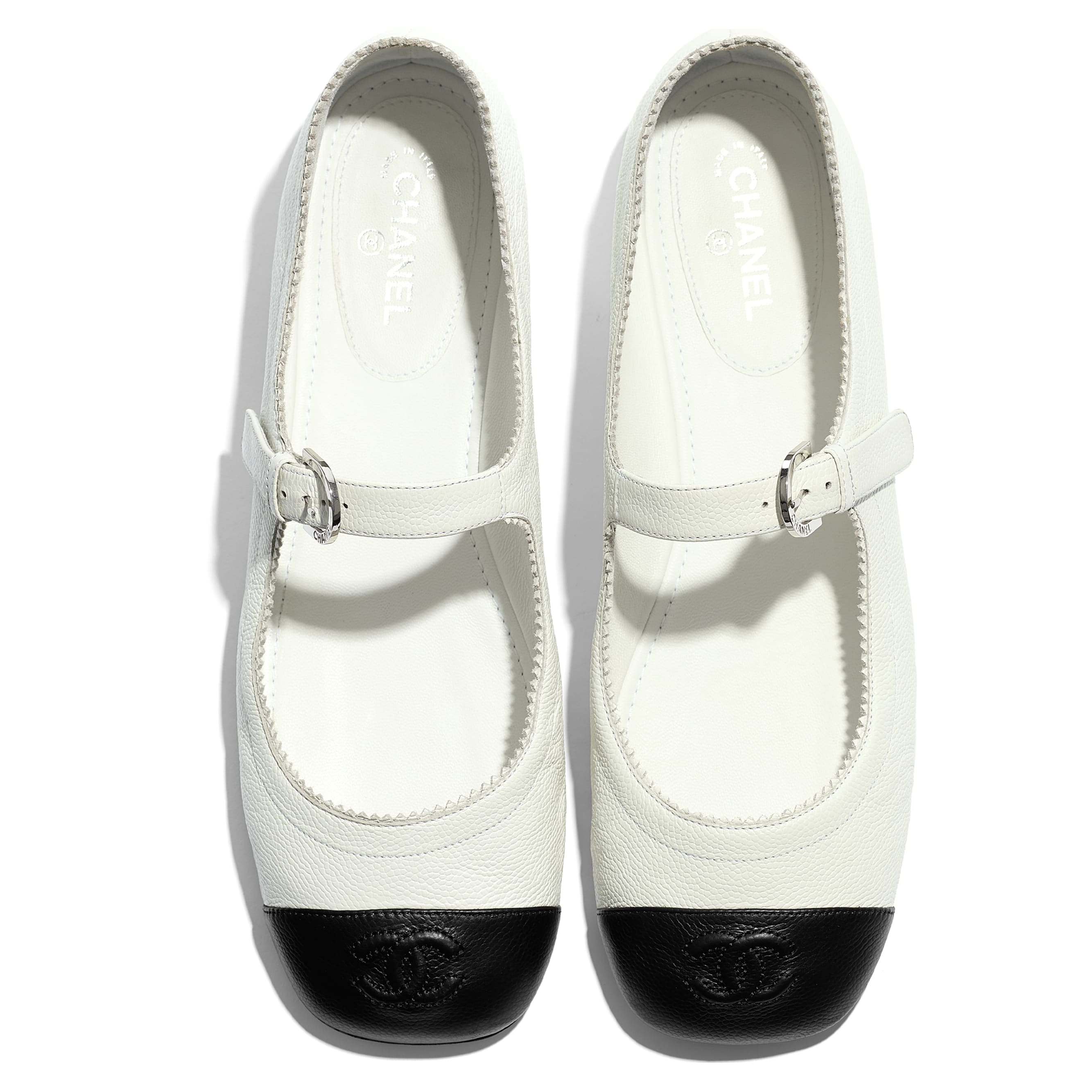 Mary Janes  - White & Black - Calfskin - CHANEL - Extra view - see standard sized version