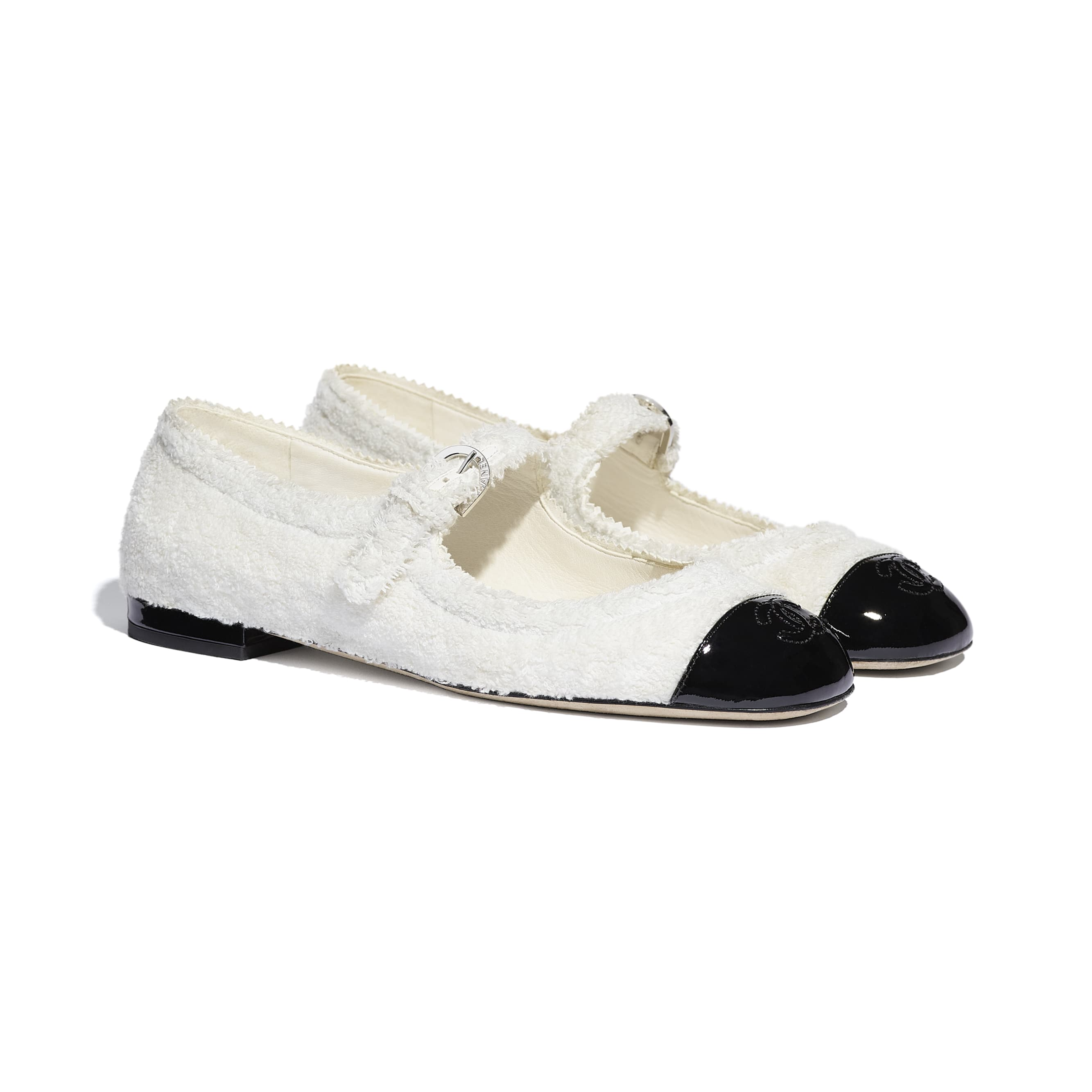 Mary Janes  - White & Black - Fabric & Patent Lambskin - CHANEL - Alternative view - see standard sized version
