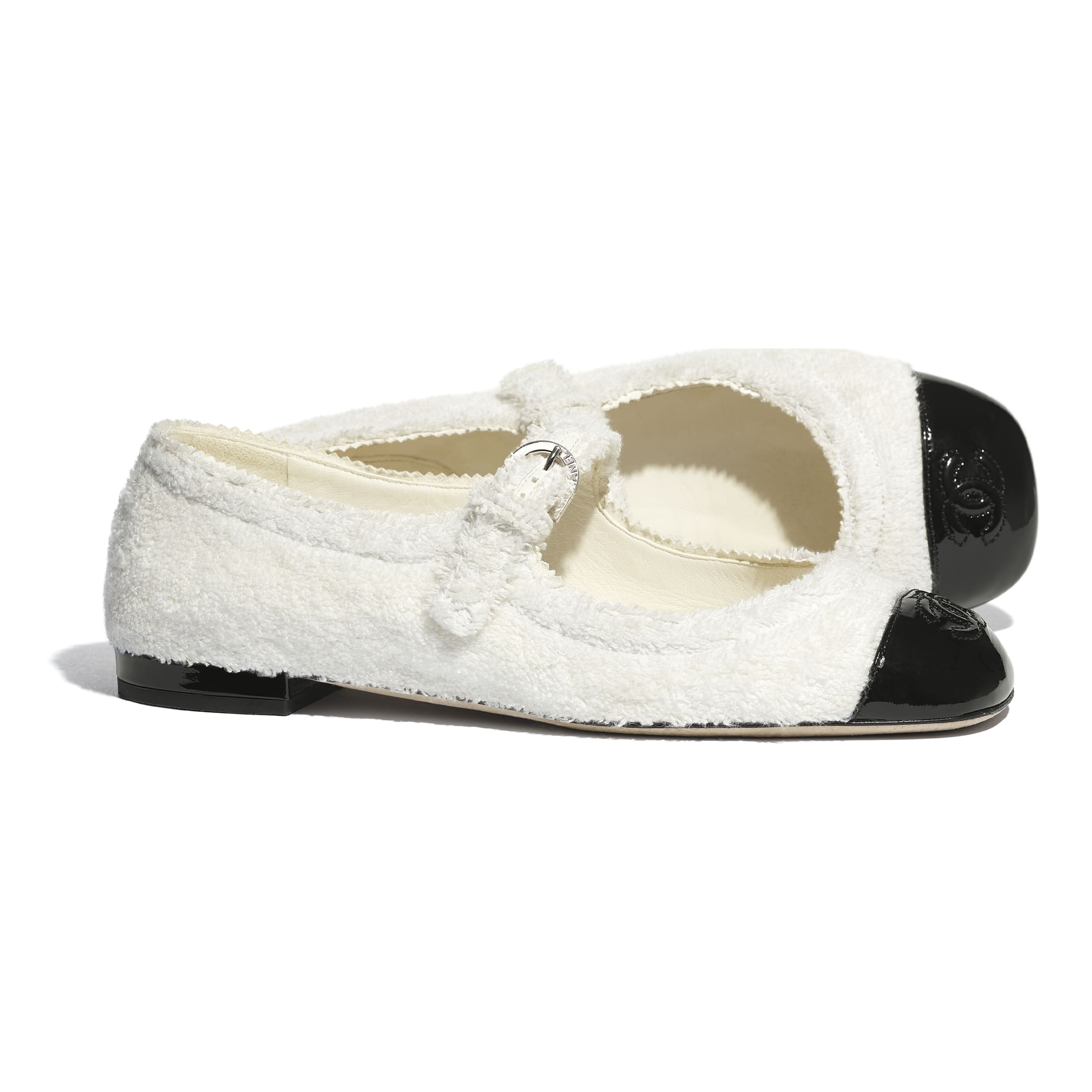 Mary Janes  - White & Black - Fabric & Patent Lambskin - CHANEL - Extra view - see standard sized version