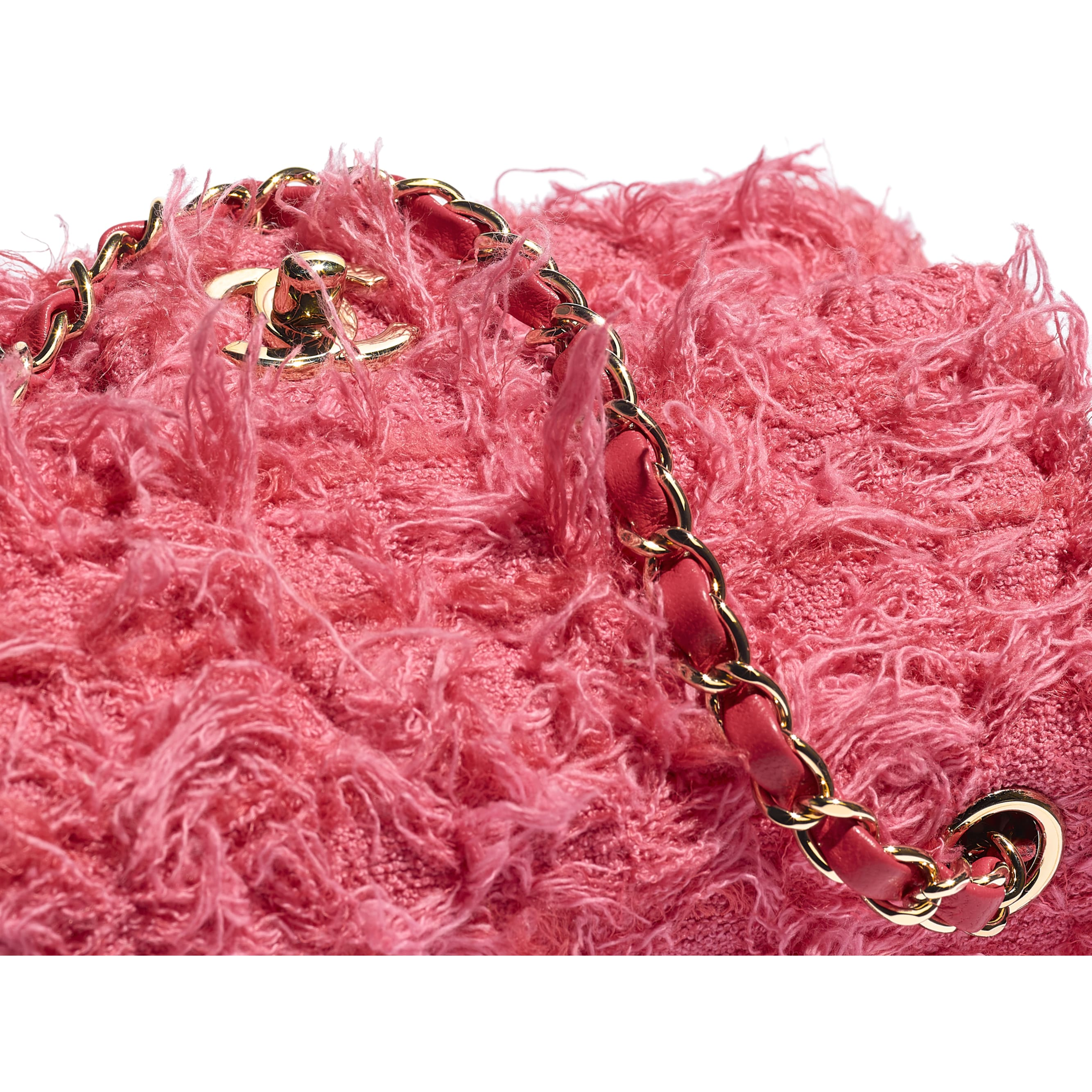 Mini sac à rabat - Corail - Tweed & métal doré - CHANEL - Vue supplémentaire - voir la version taille standard