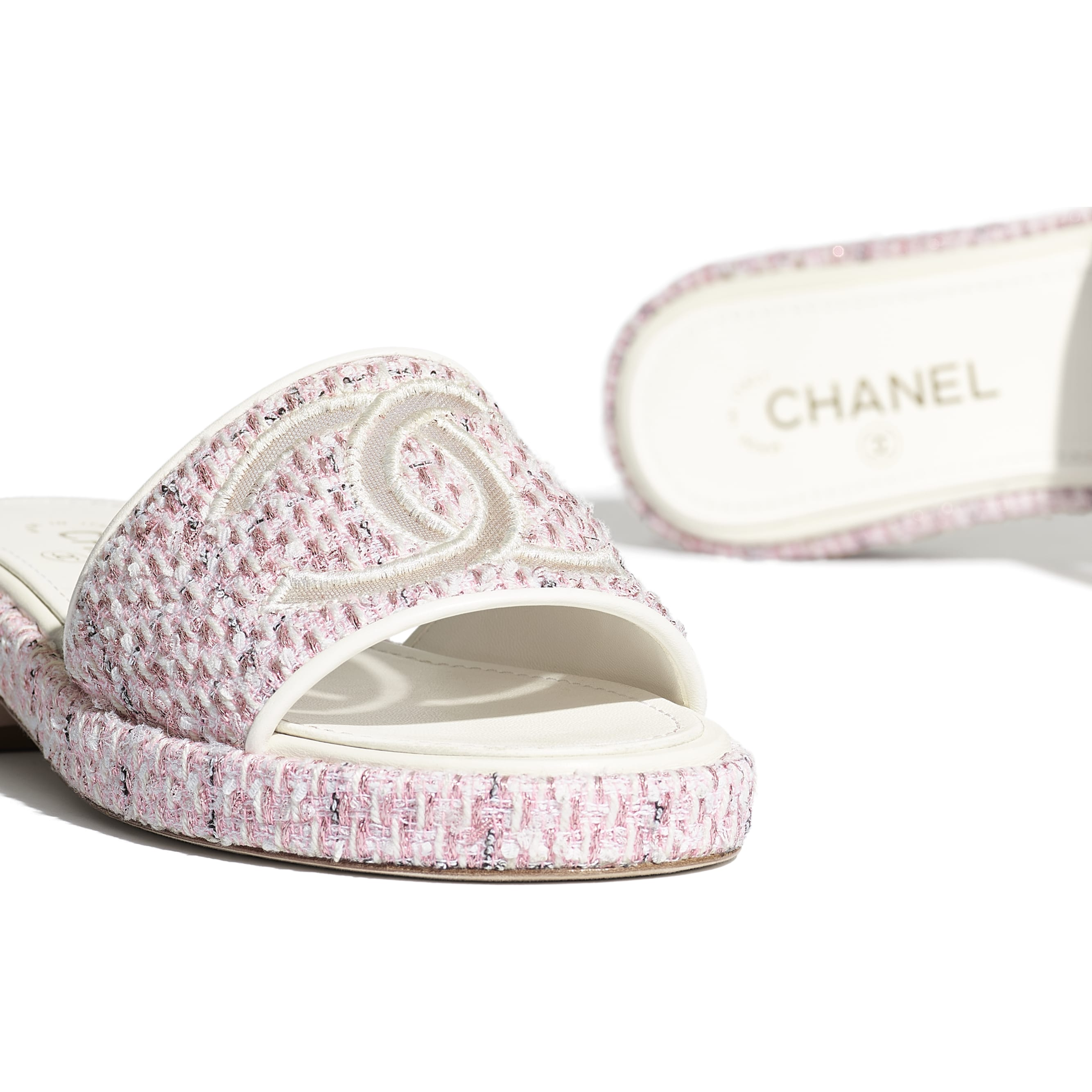 Mules - Pink - Tweed & Mesh - CHANEL - Extra view - see standard sized version