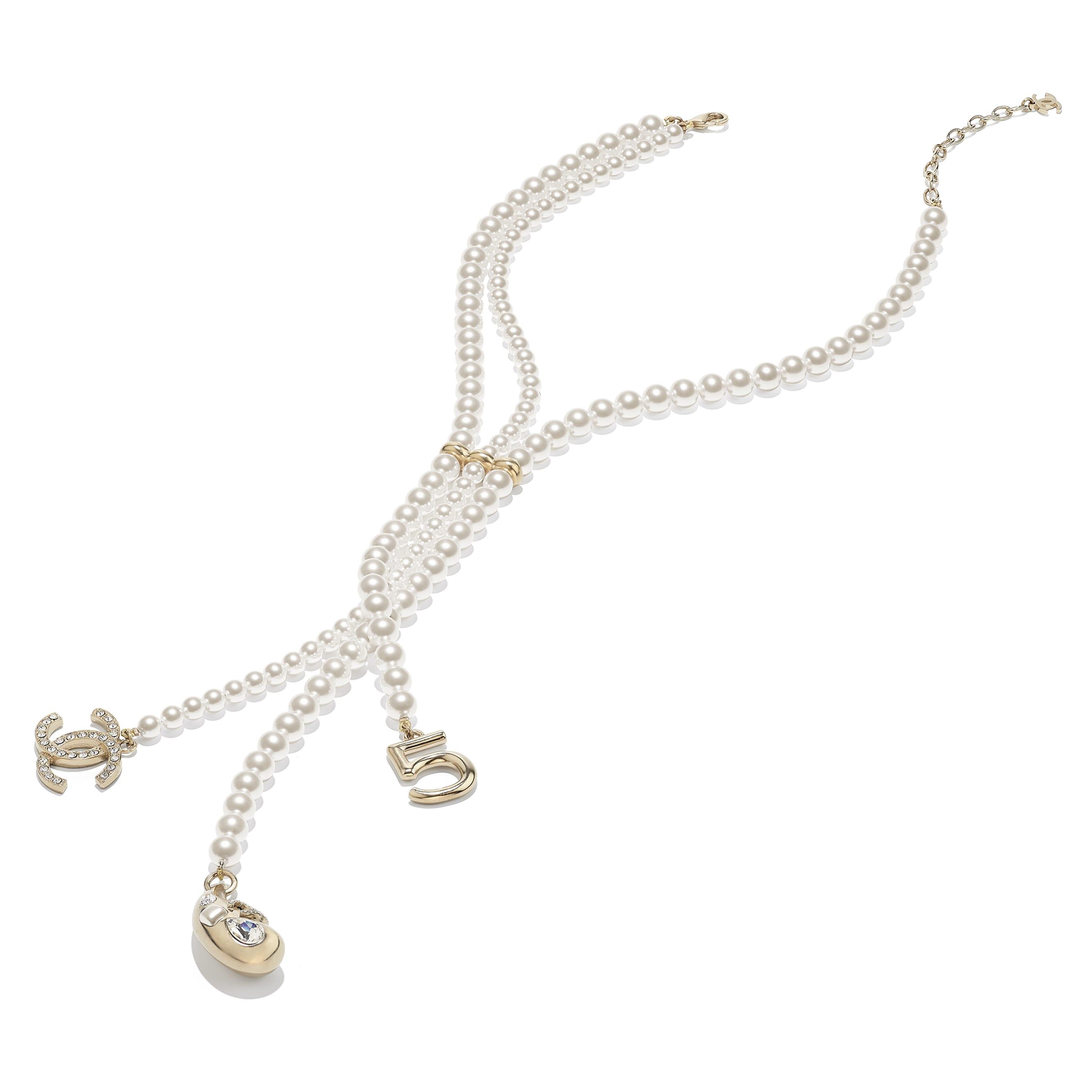 Collier - Doré, blanc nacré & cristal - Métal, perles de verre, verre & strass - CHANEL - Vue alternative - voir la version taille standard