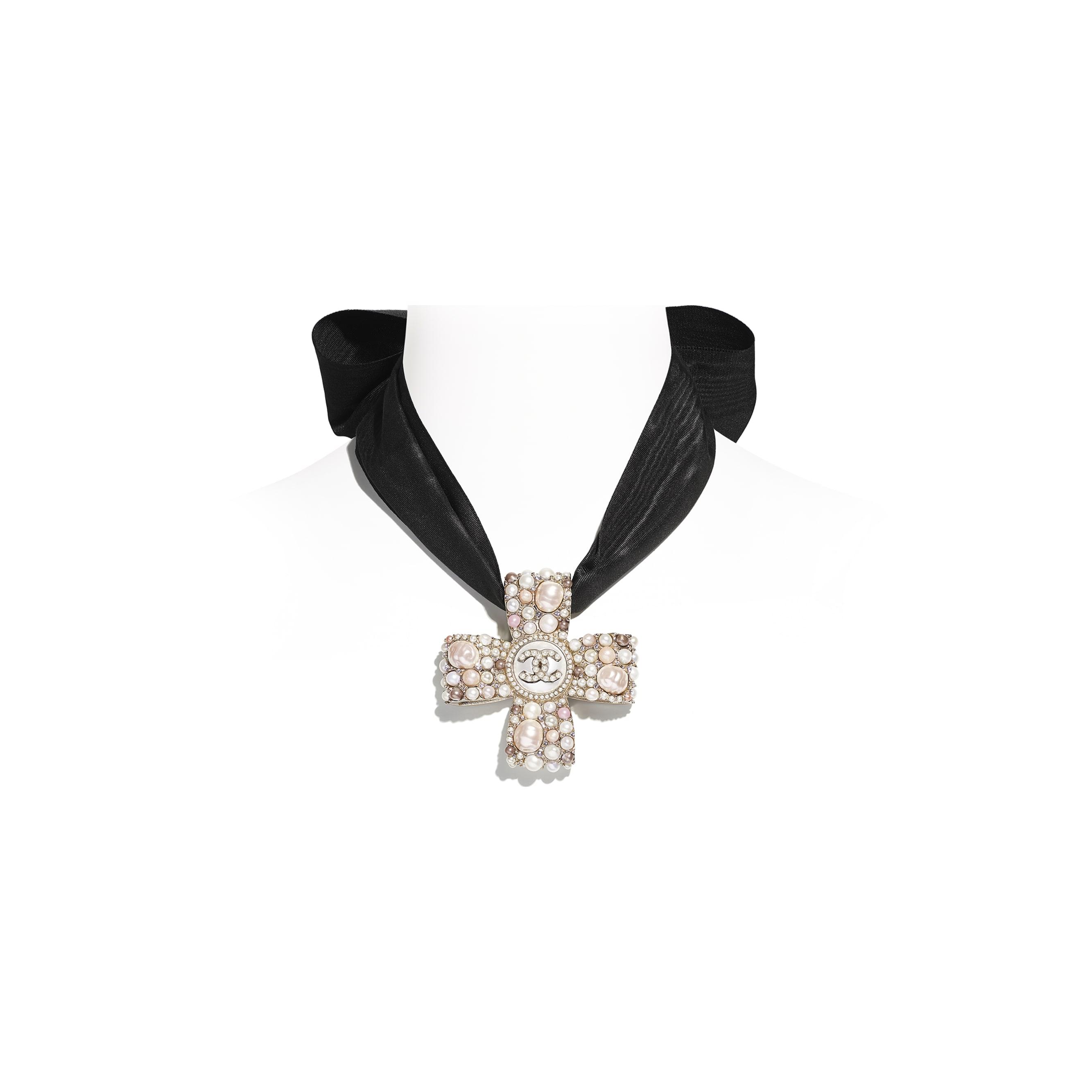 Halskette - Goldfarben, Perlmuttweiß, Rosa, Kristall & Schwarz - Metall, Süßwasserzuchtperlen, Glasperlen, Modeschmuckperlen, Strass & Seide - CHANEL - Standardansicht - Standardgröße anzeigen