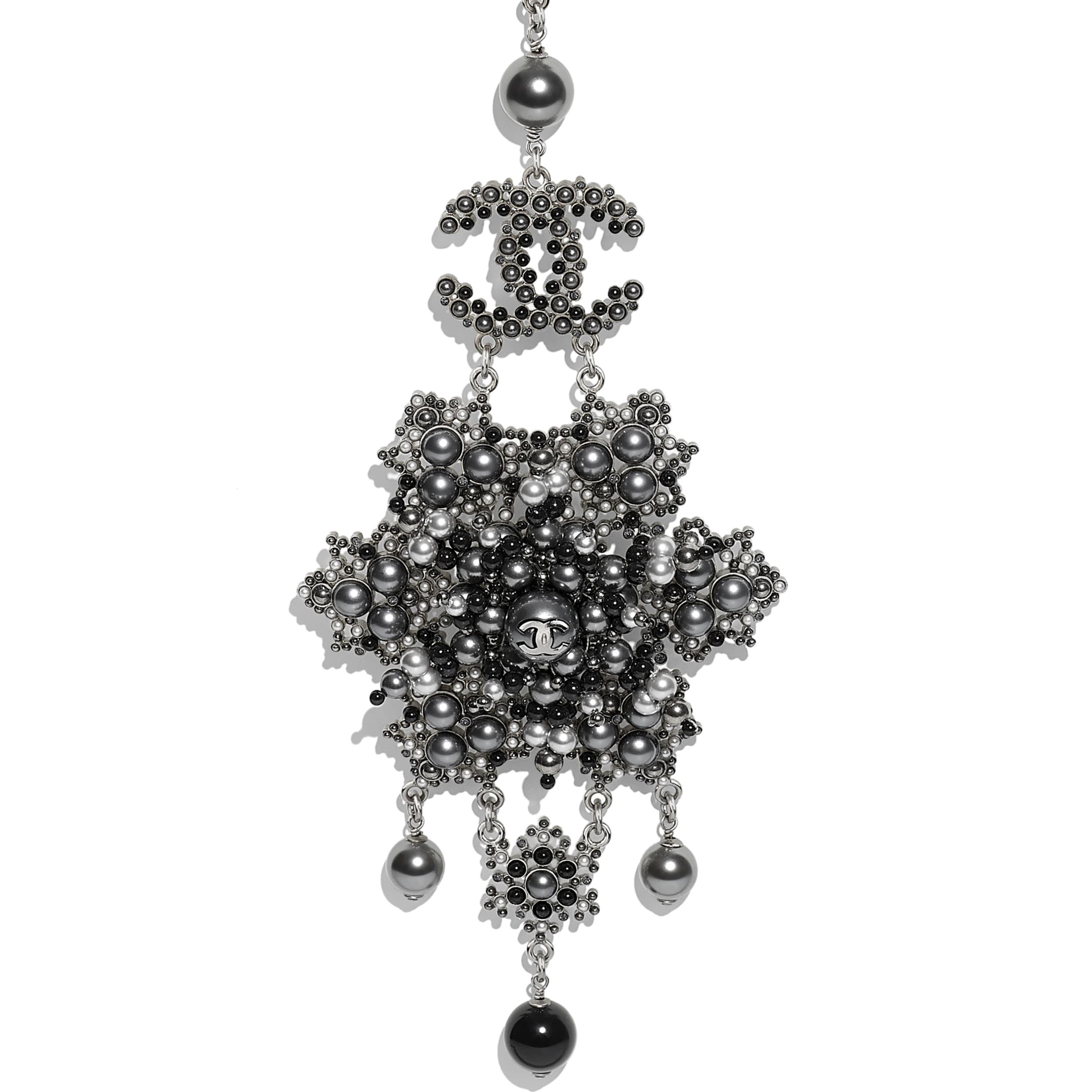 Колье - Серебристый, черный и серый - Металл, жемчуг и стразы - Другое изображение - посмотреть изображение стандартного размера